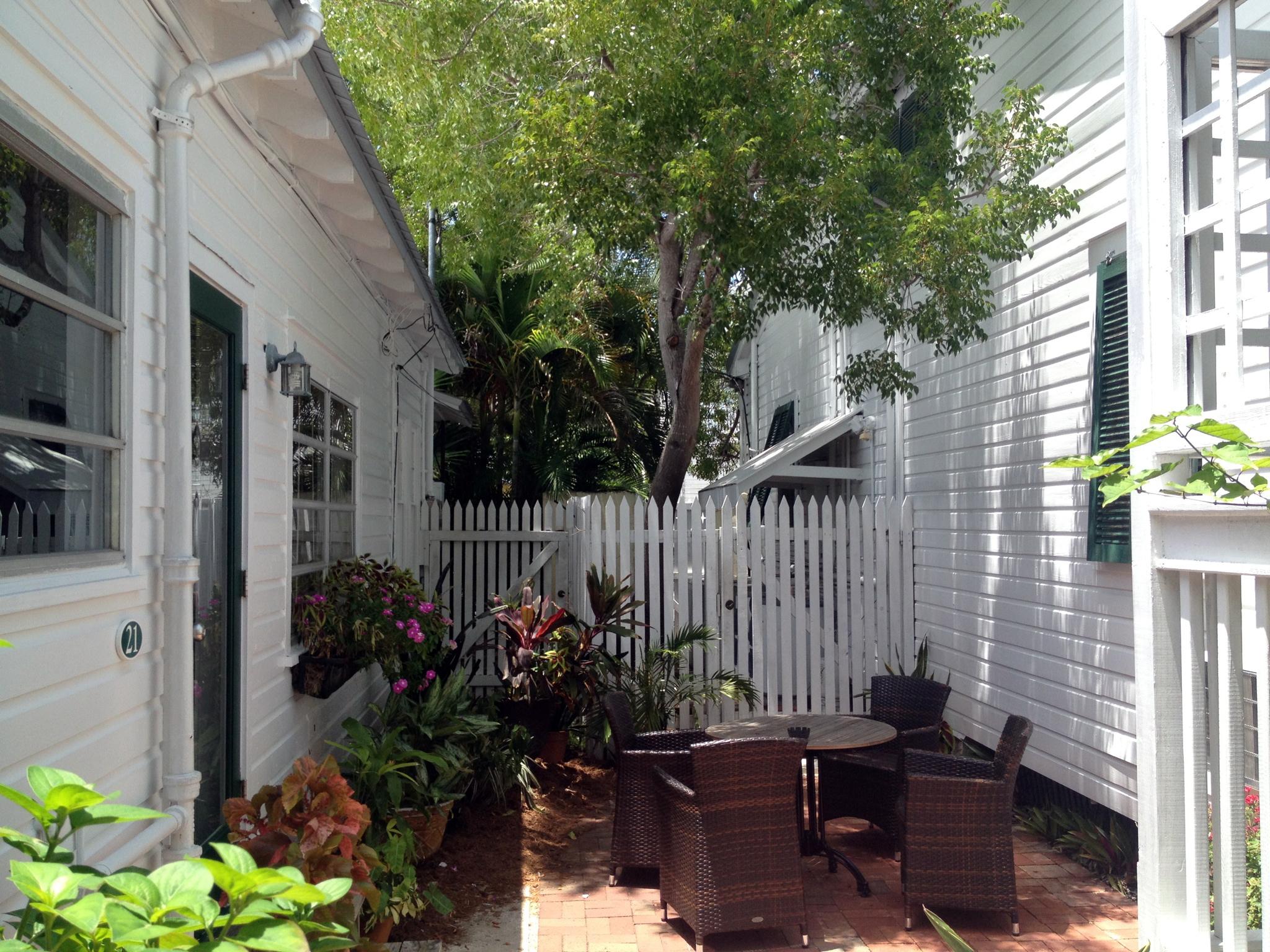 Merlin Guest House in Key West image 3
