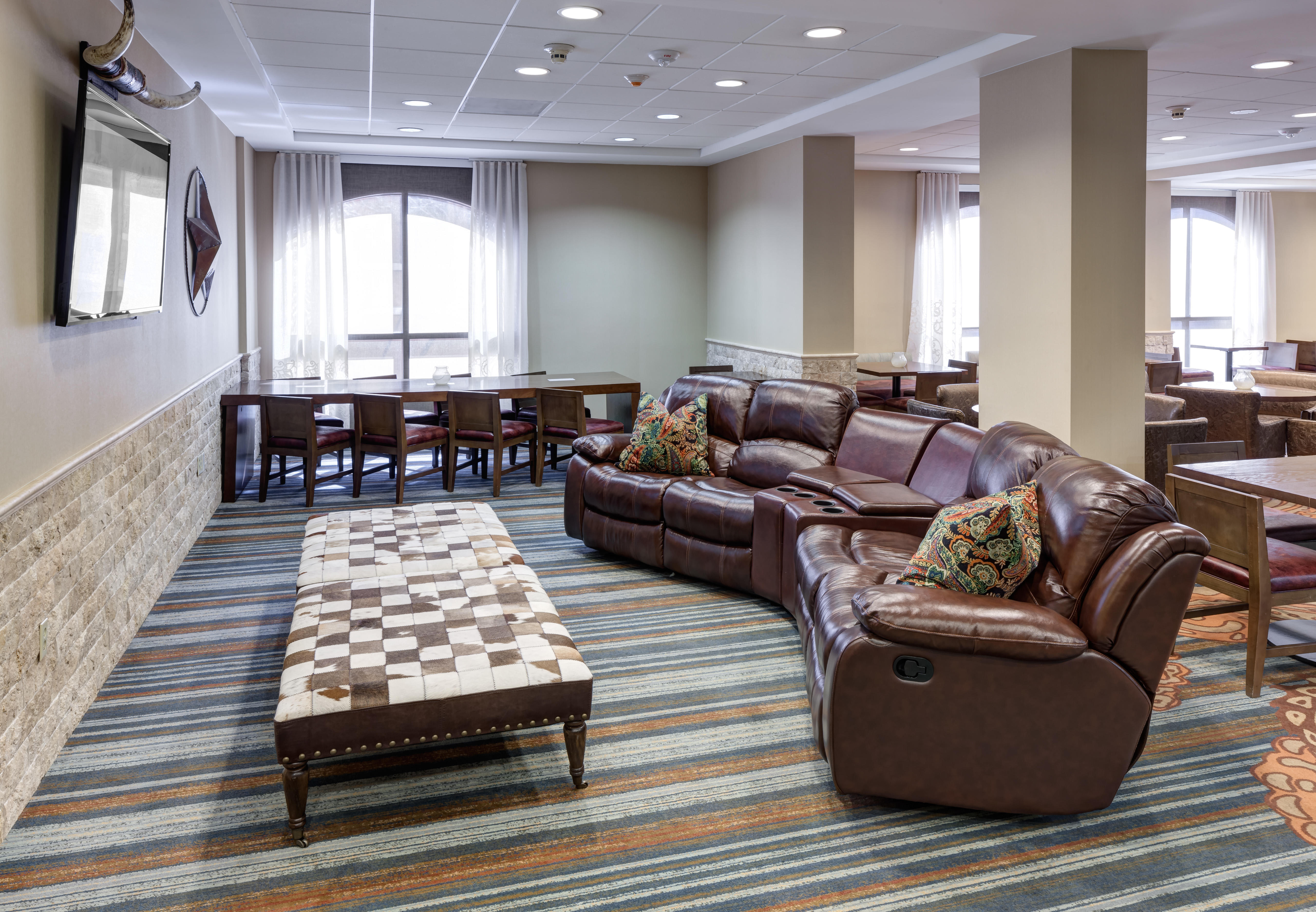 SpringHill Suites by Marriott Dallas Downtown/West End image 4
