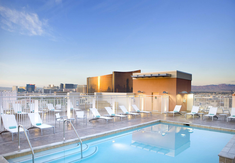 SpringHill Suites by Marriott Las Vegas Convention Center image 5