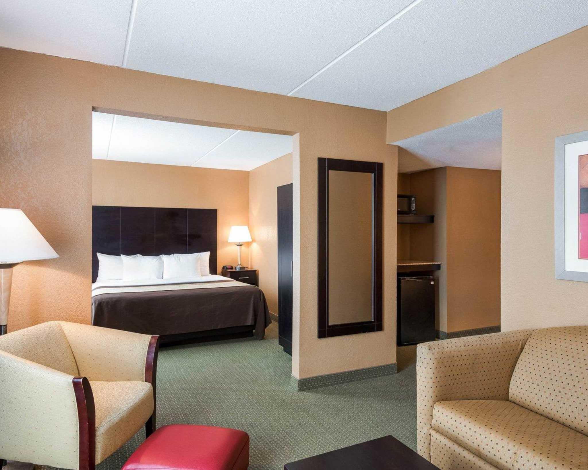 Comfort Inn Gold Coast image 9