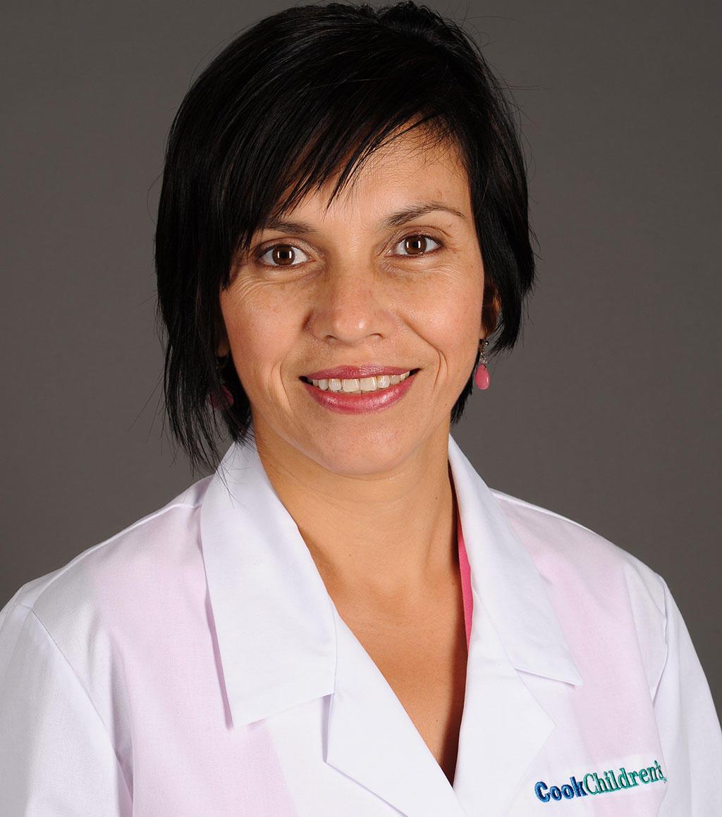 Headshot of Marcela Torres