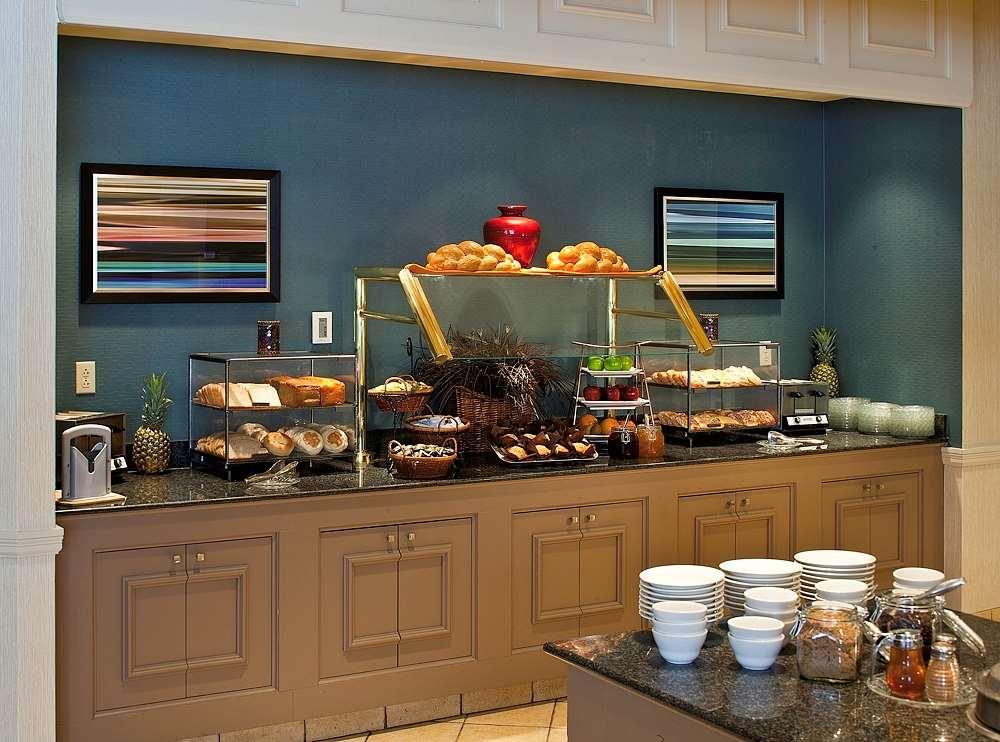 Hilton Scranton & Conference Center image 2