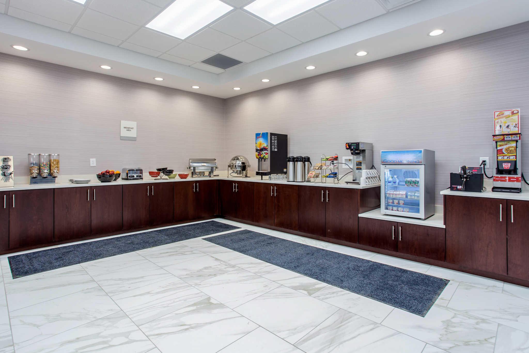 Clarion Inn & Suites image 25