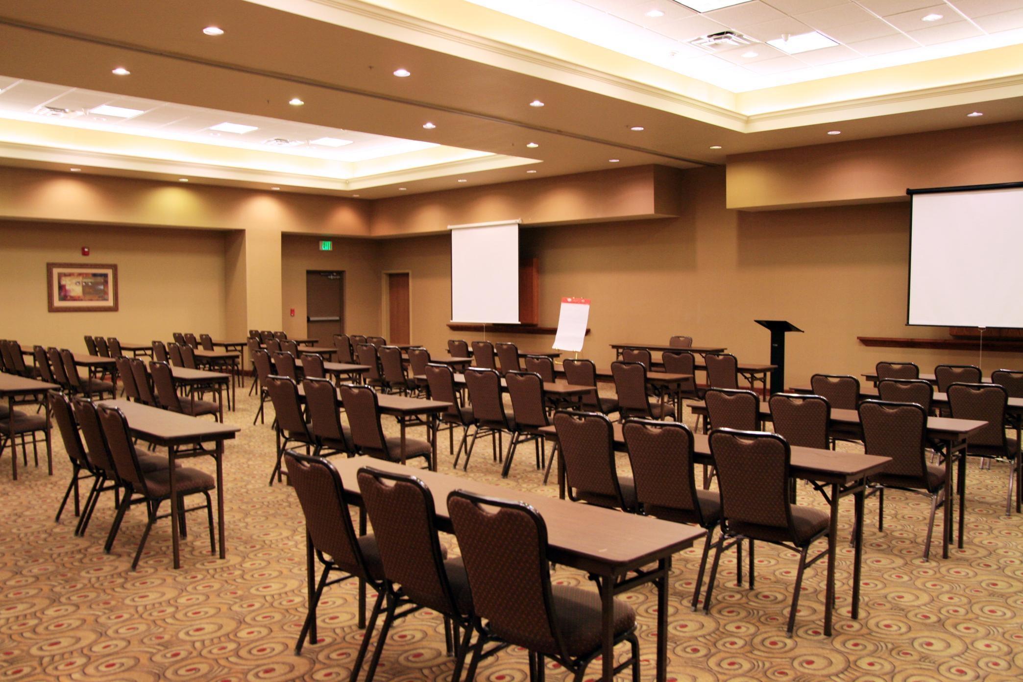 Hampton Inn & Suites Kingman image 30