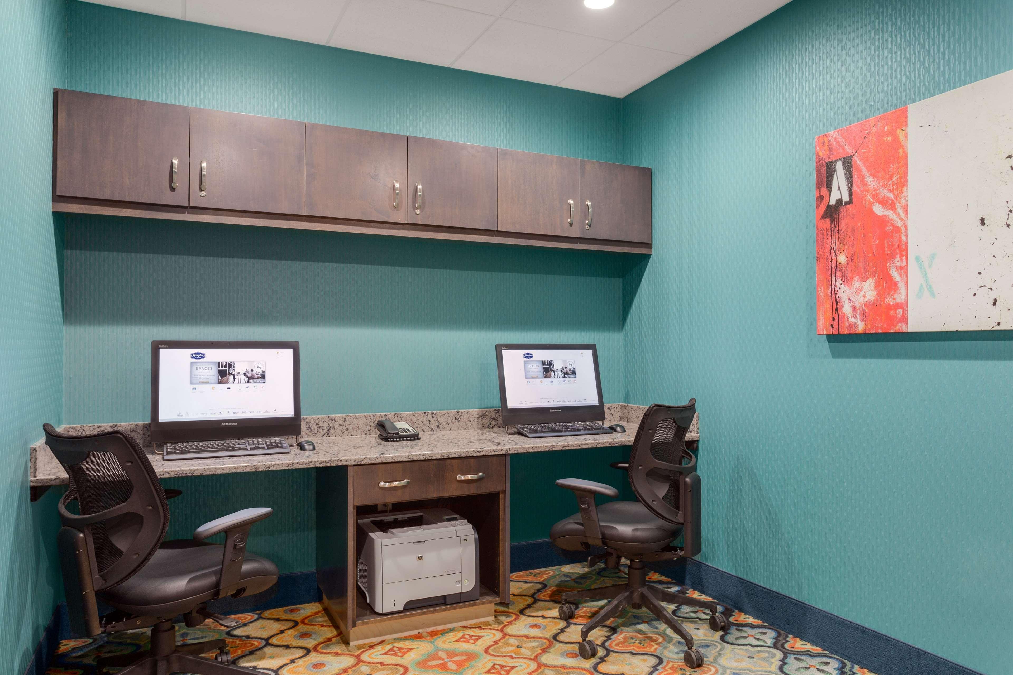Hampton Inn & Suites West Des Moines/SW Mall Area image 26
