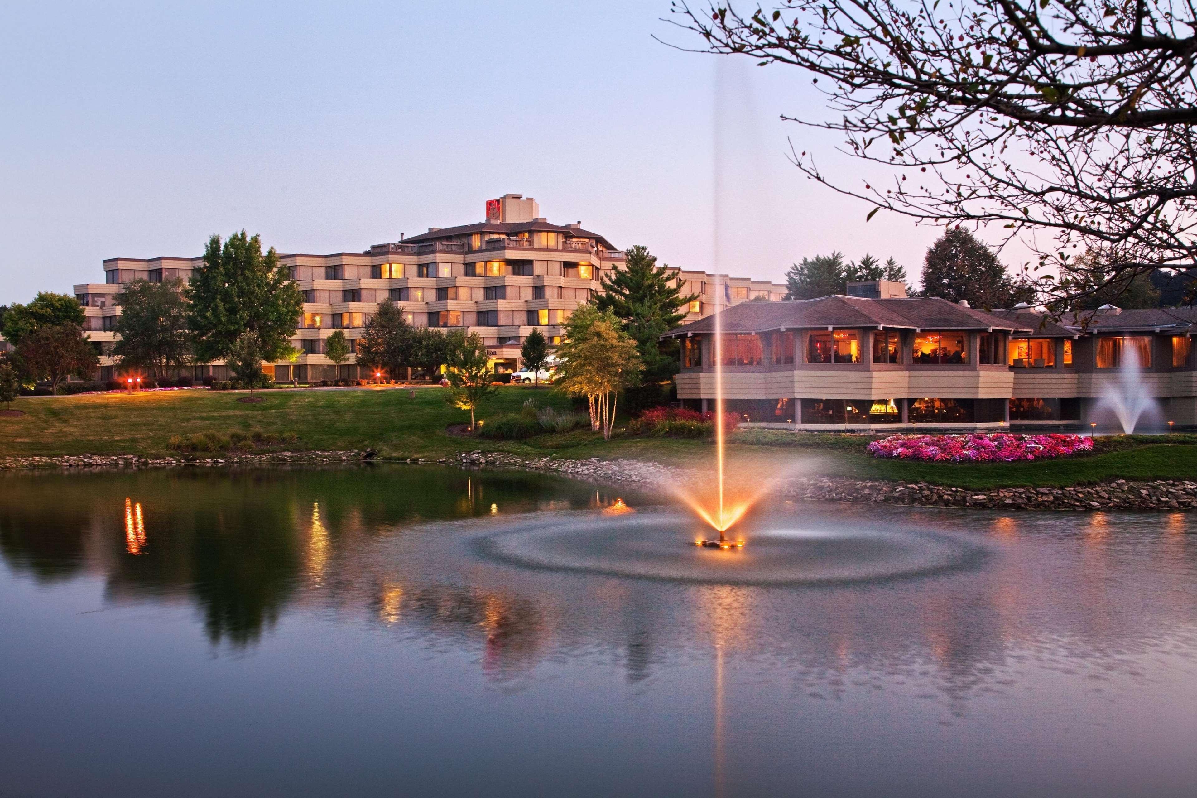 Hilton Chicago Indian Lakes image 0