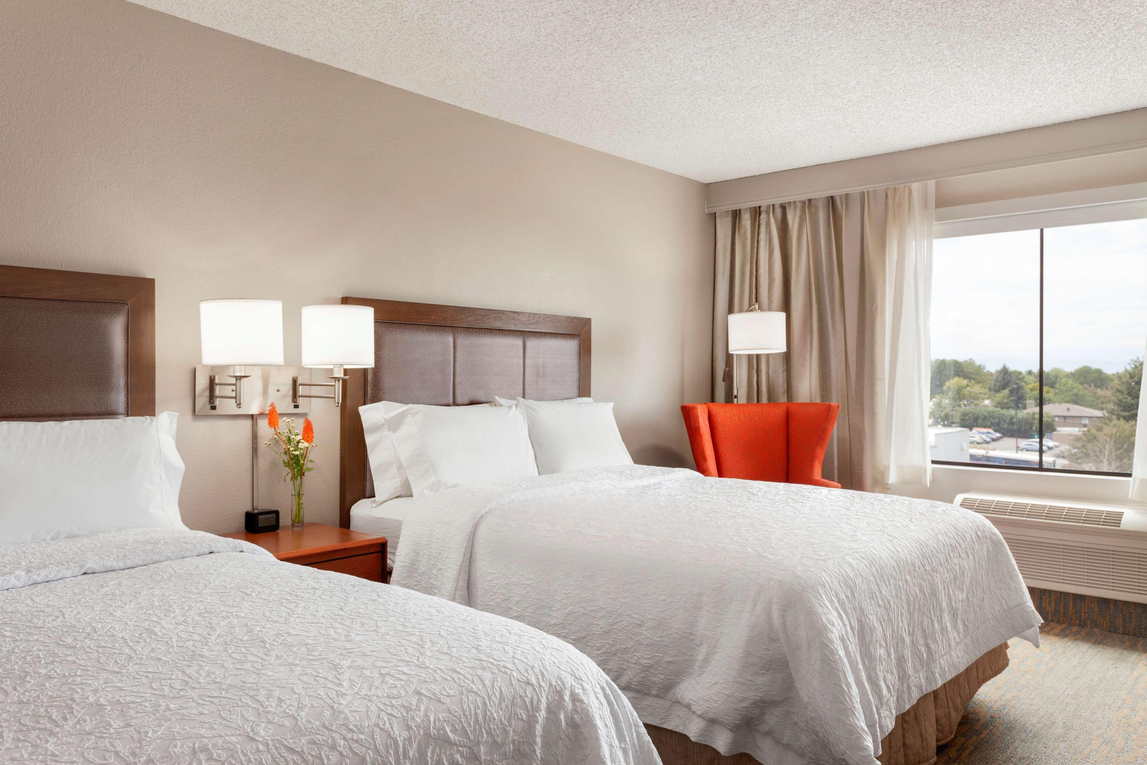Hampton Inn & Suites Denver-Cherry Creek image 12
