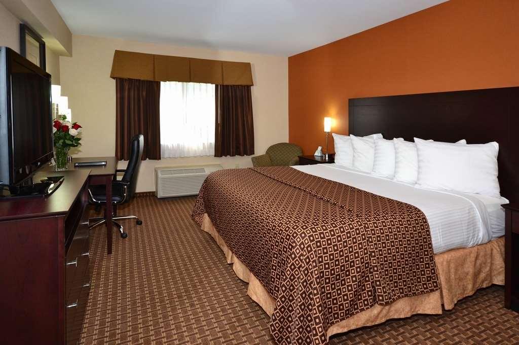 Best Western Concord Inn & Suites image 19