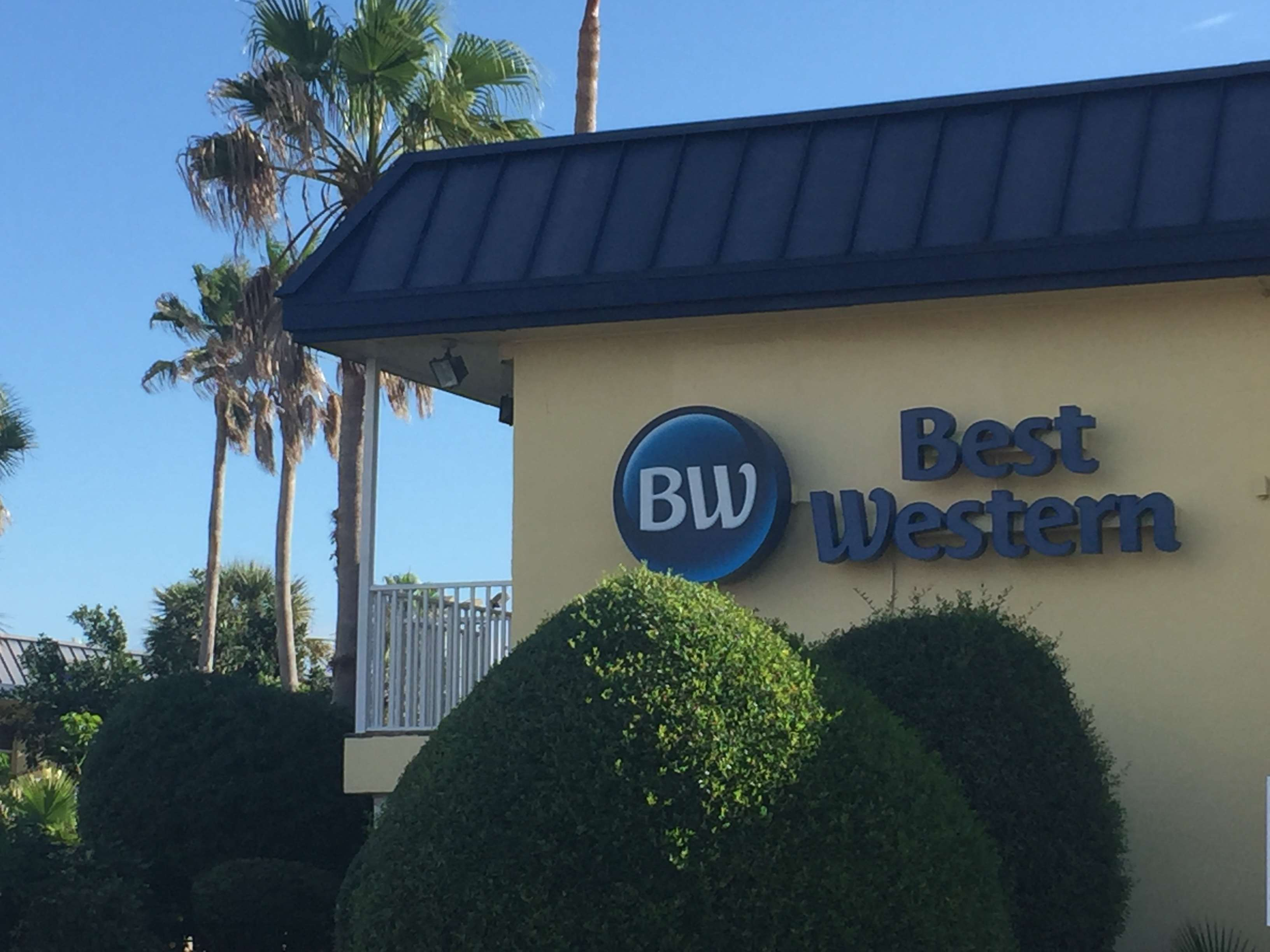 Best Western Cocoa Beach Hotel & Suites image 6