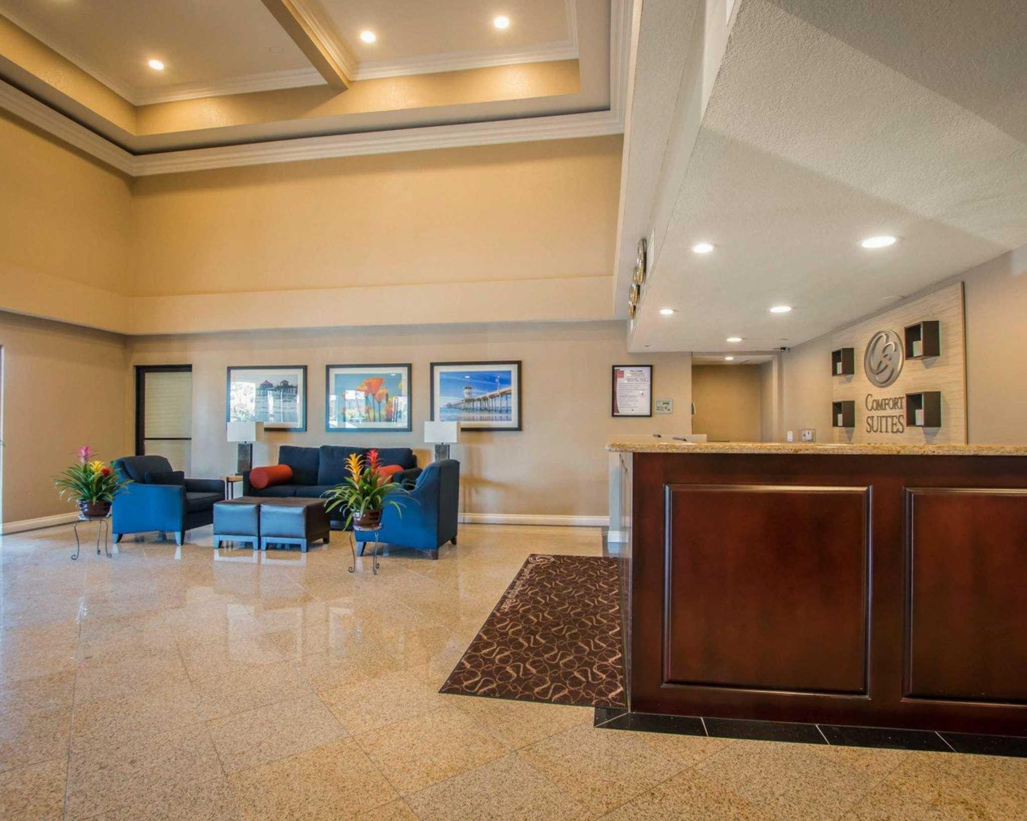 Comfort Suites Huntington Beach image 11