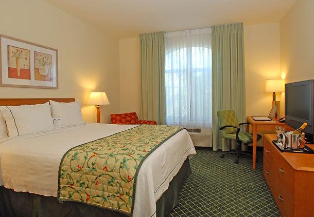 Fairfield Inn & Suites by Marriott Temecula image 3