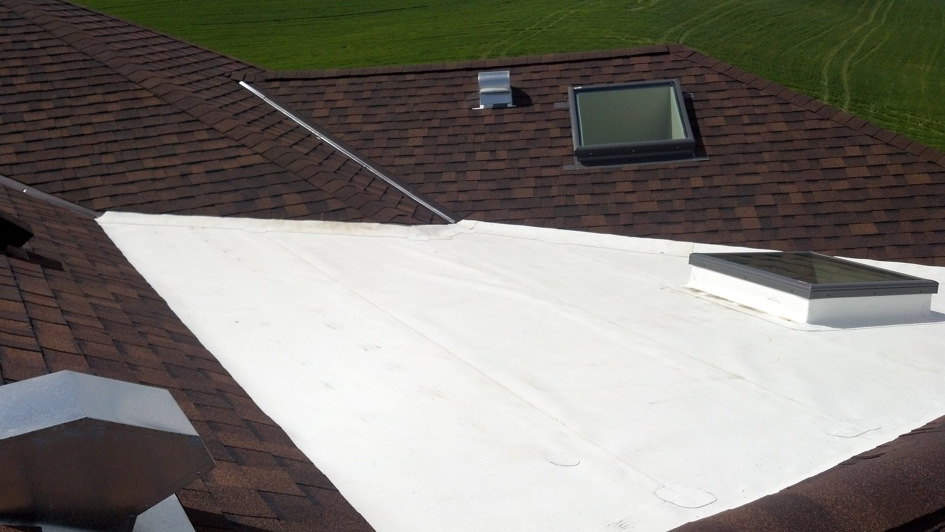 Ben's Roofing and Custom Gutters image 0