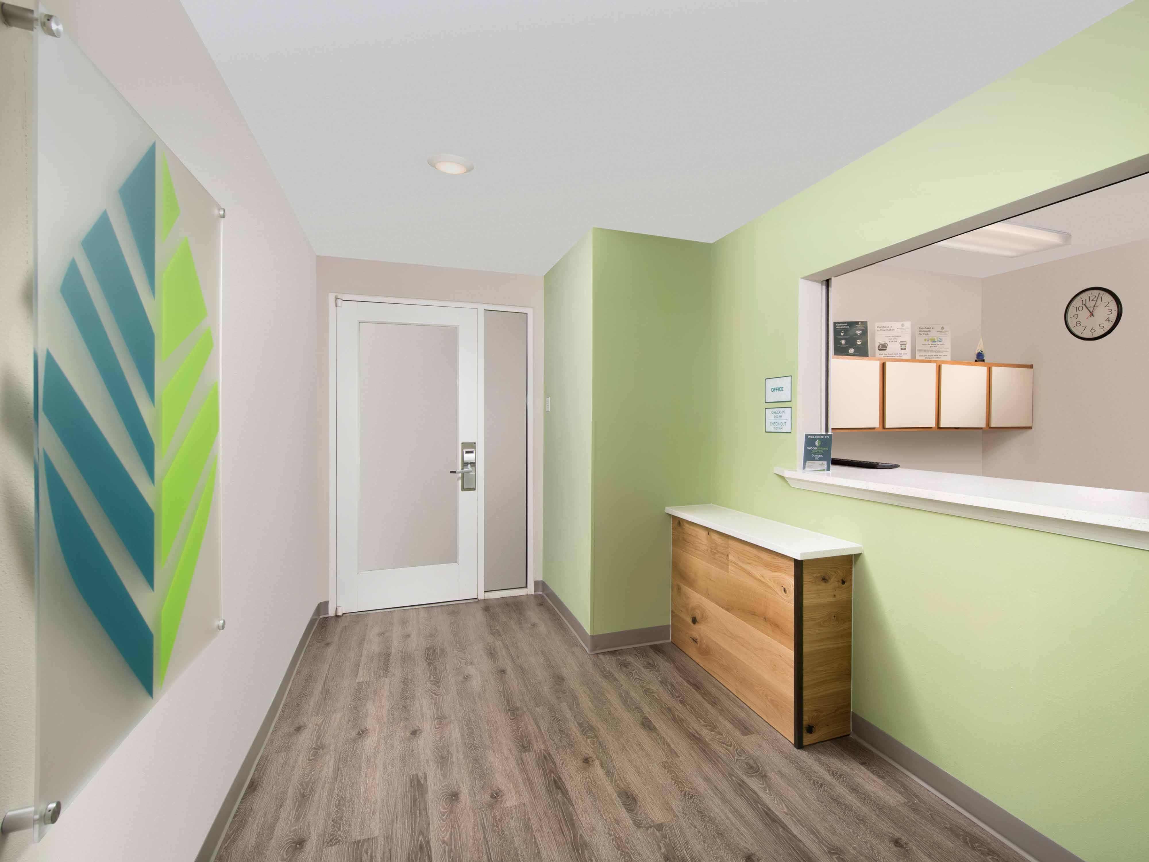WoodSpring Suites Spartanburg Duncan image 22