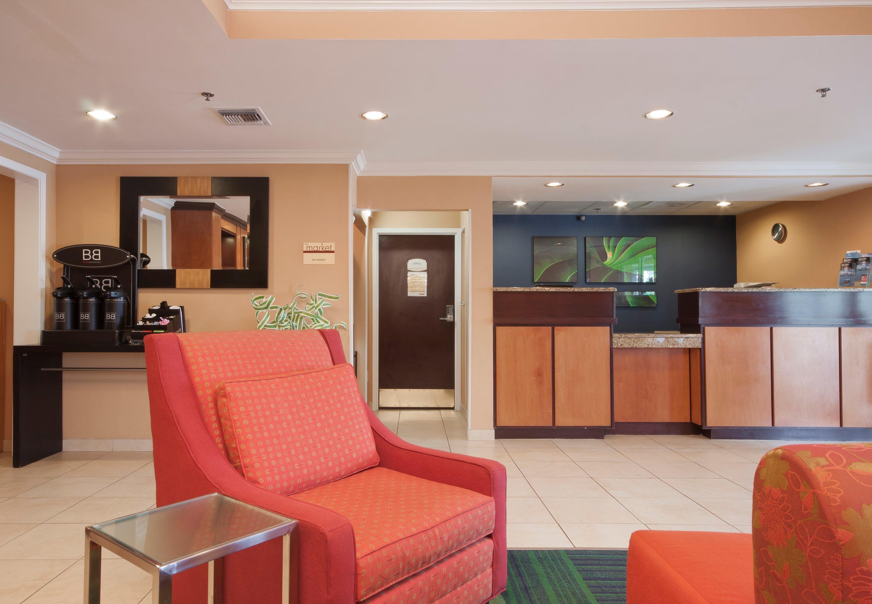 Fairfield Inn & Suites by Marriott Gulfport image 1