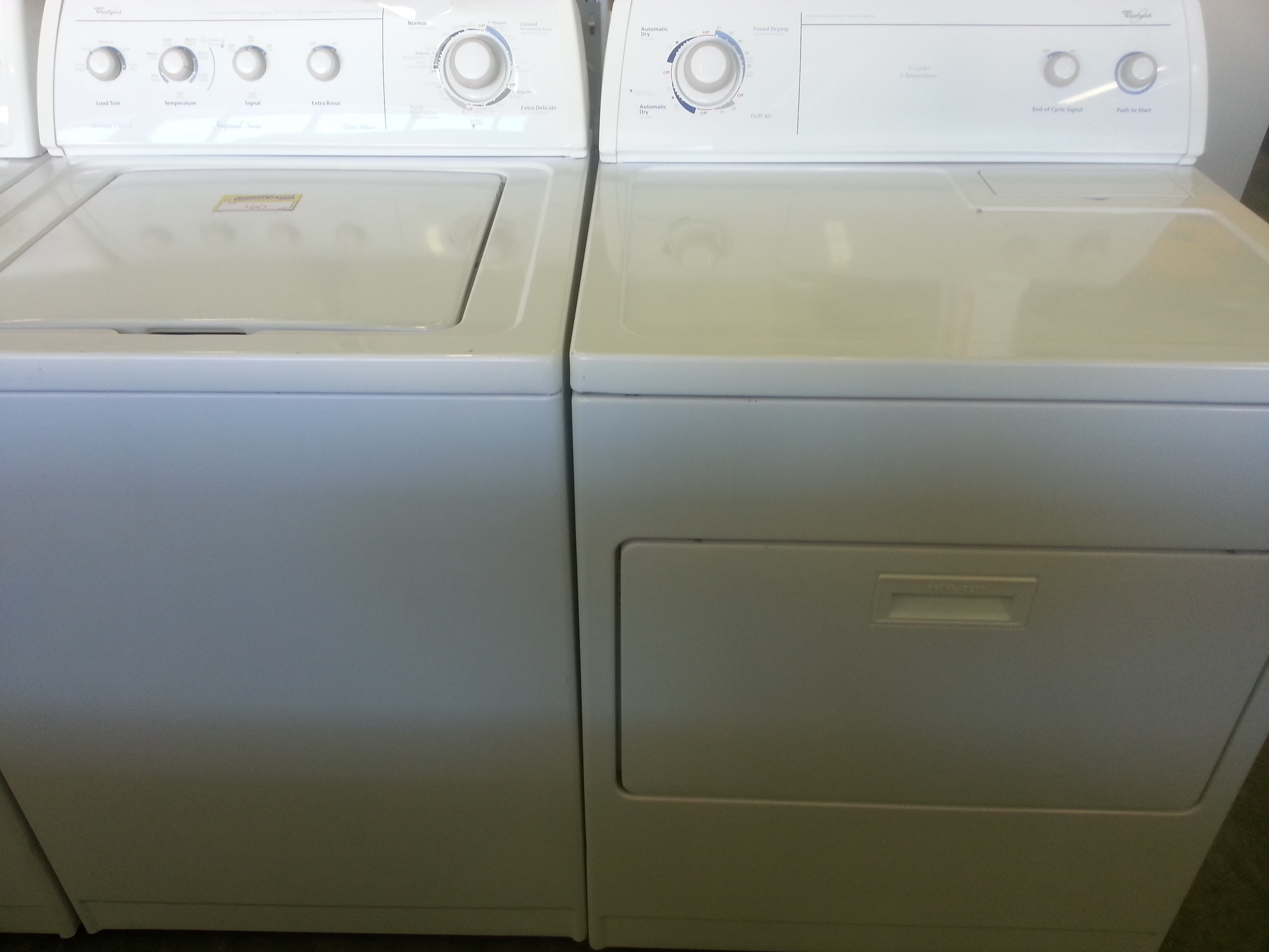 great set of gently used washer and dryer fully serviced and warranty included come try it before you buy it