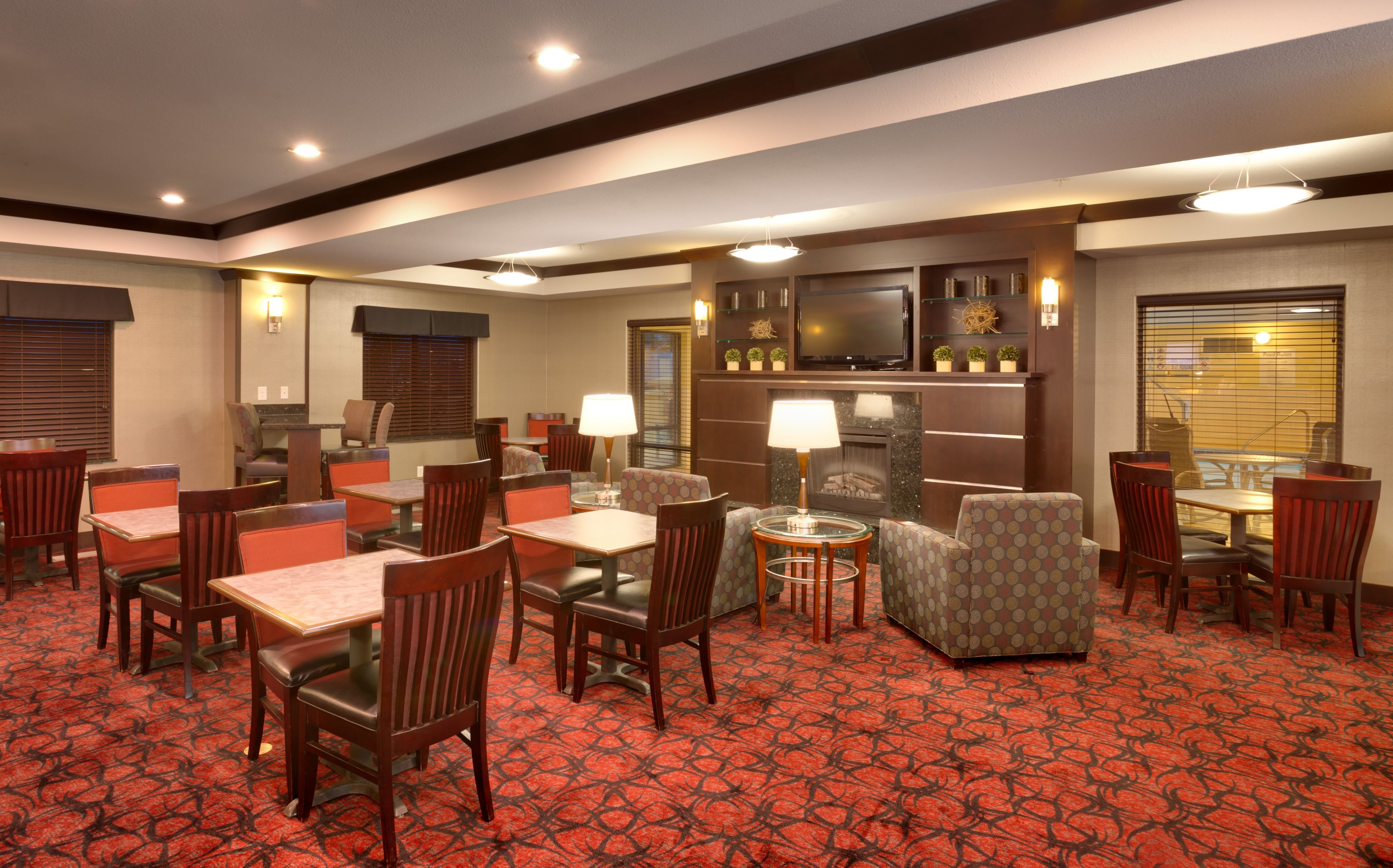 Holiday Inn Express & Suites Grand Junction image 8