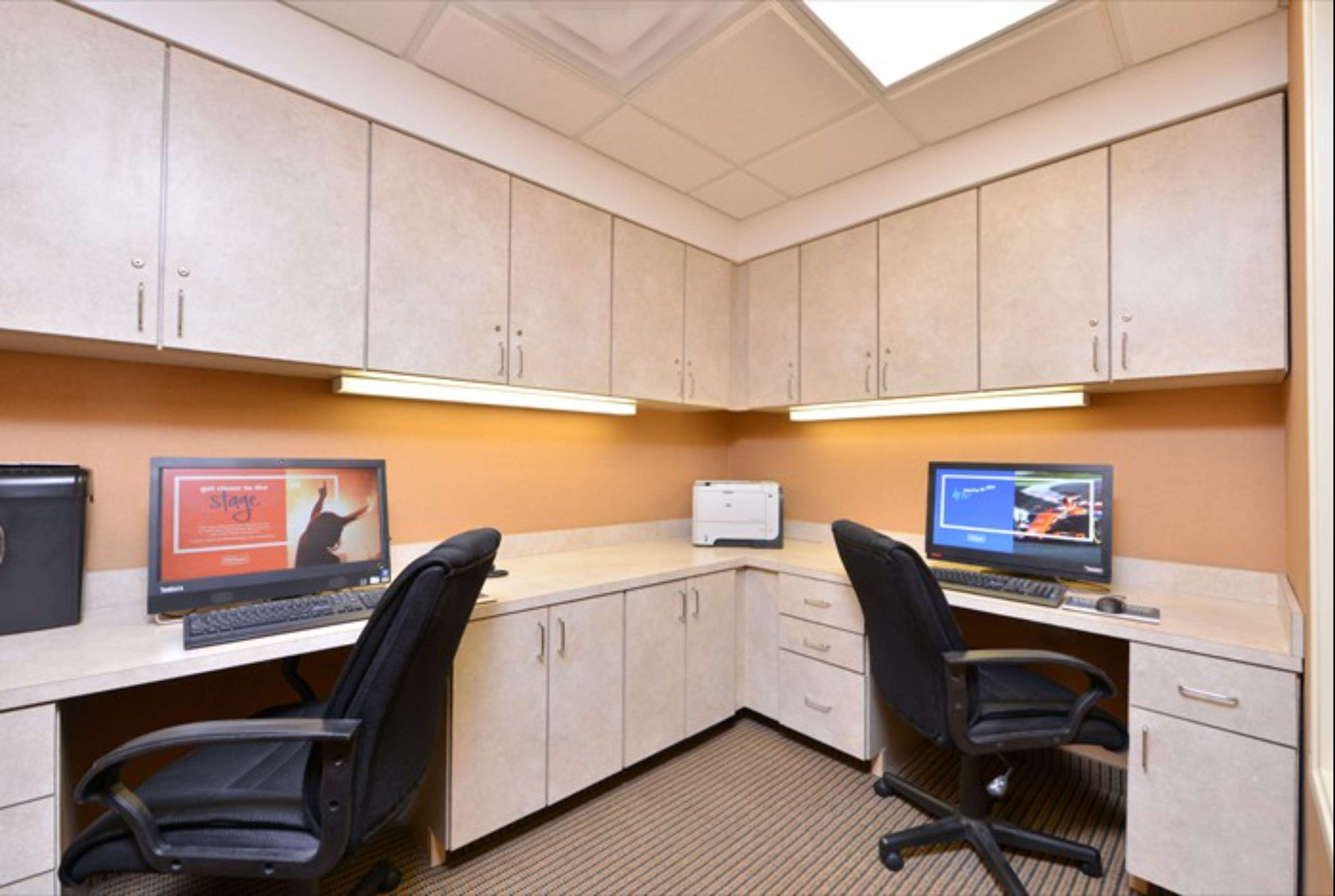 Hampton Inn & Suites Richmond image 20