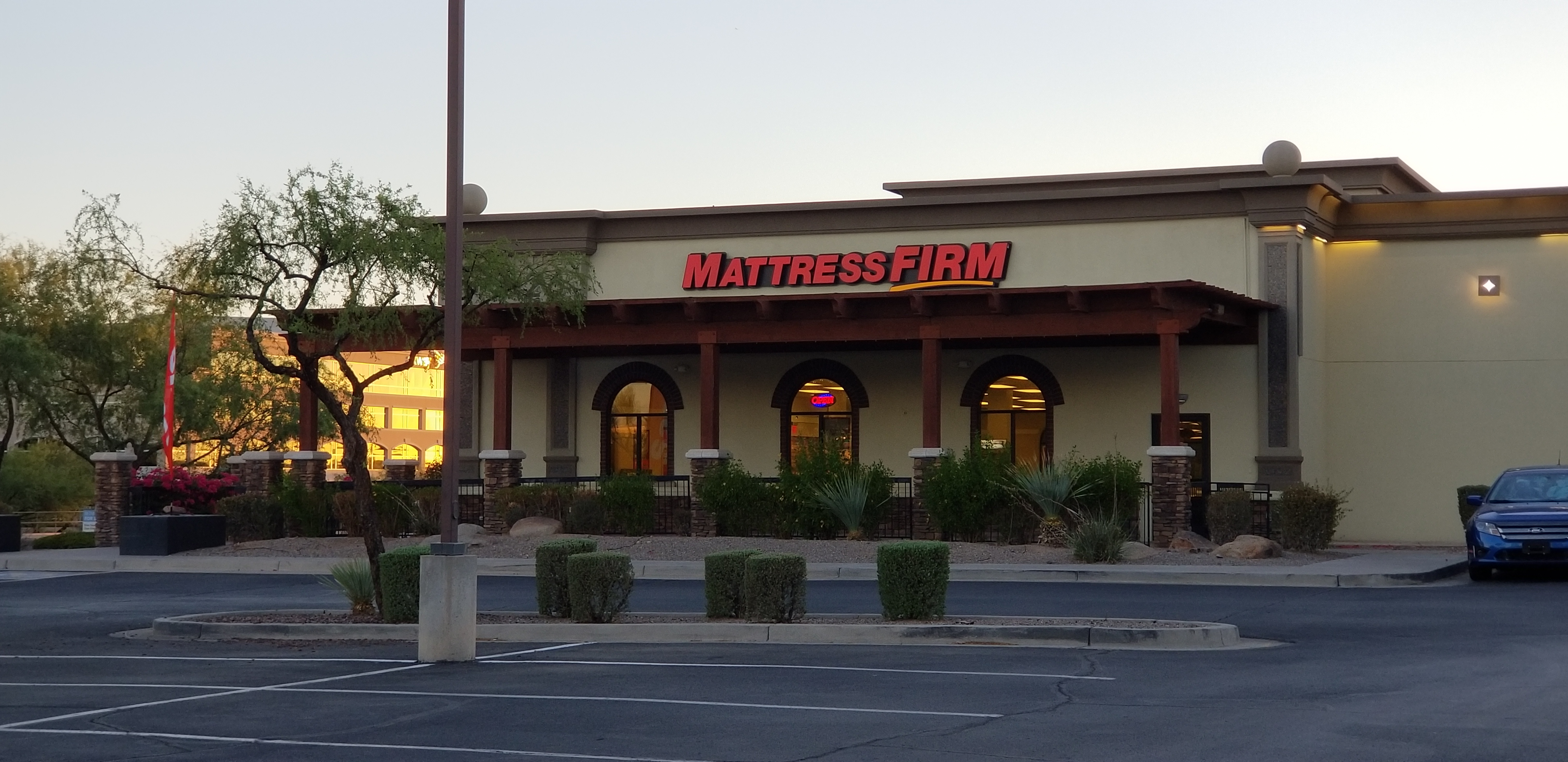 Mattress Firm Phoenix image 7