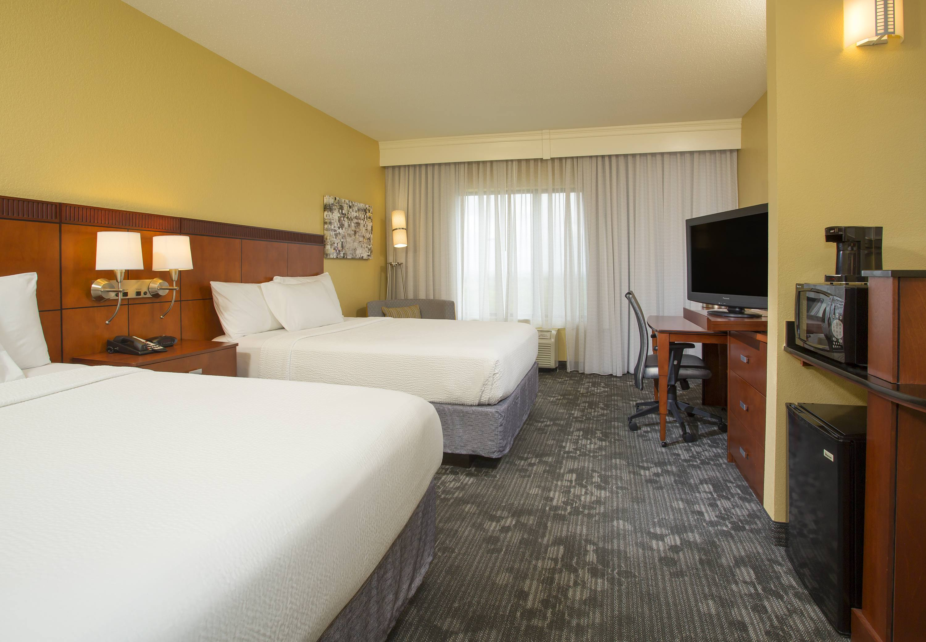 Courtyard by Marriott Austin Airport image 24