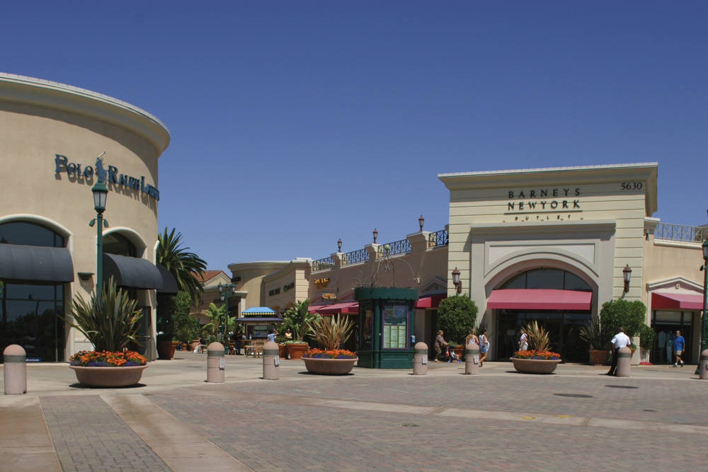 Carlsbad Premium Outlets image 0