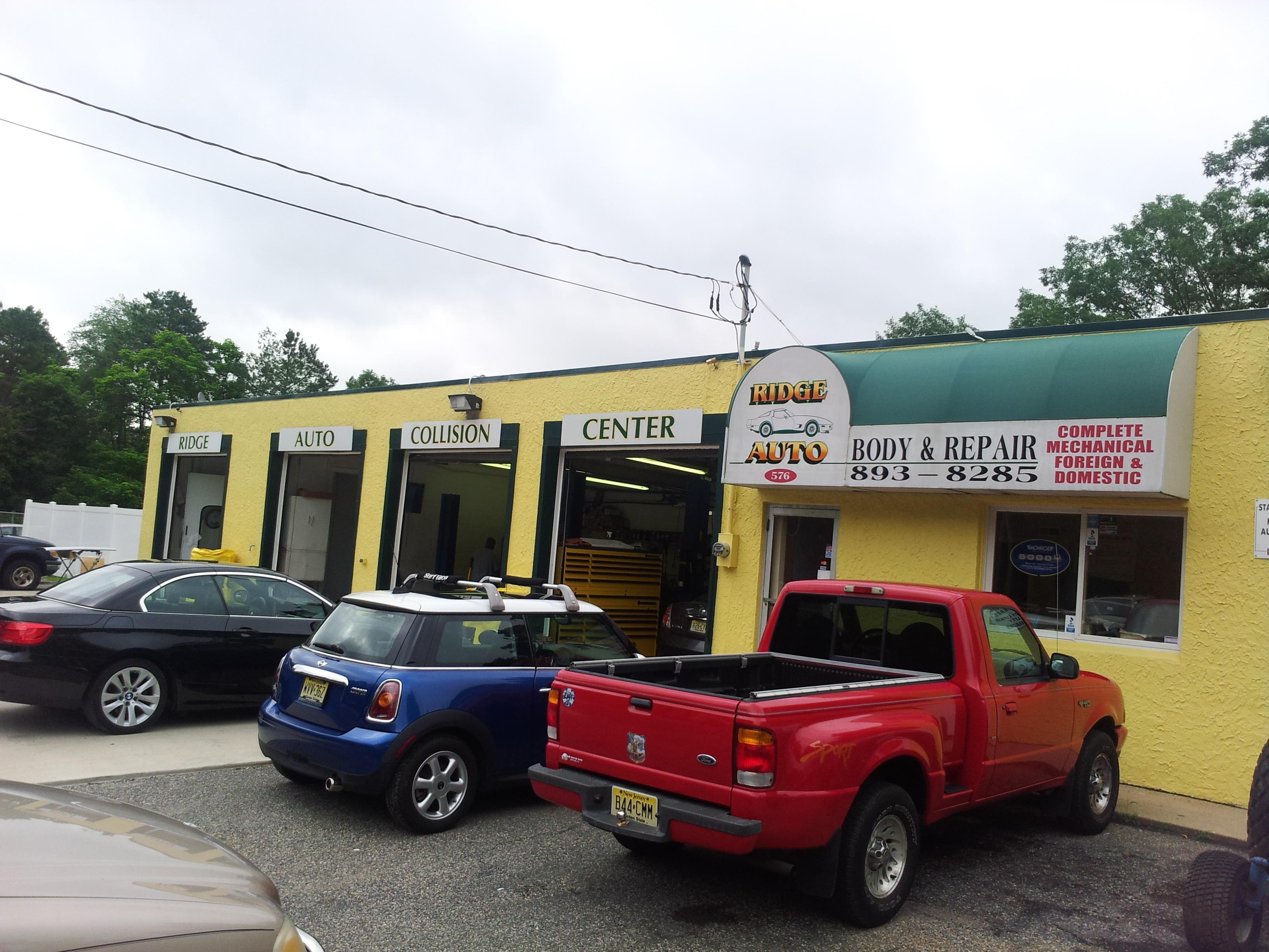 Ridge Auto Body & Repairs image 9