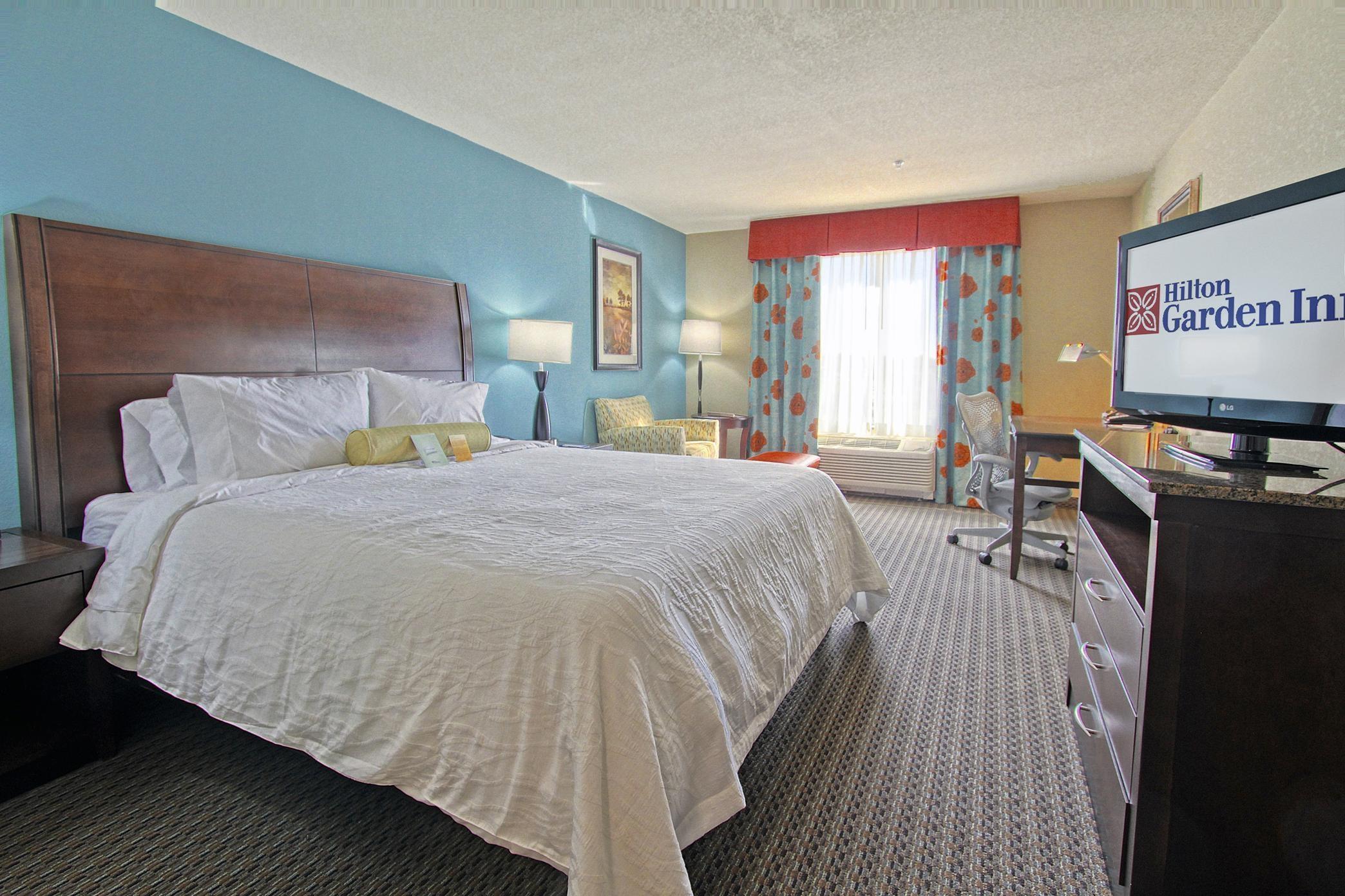 Hilton Garden Inn Tulsa Midtown image 8