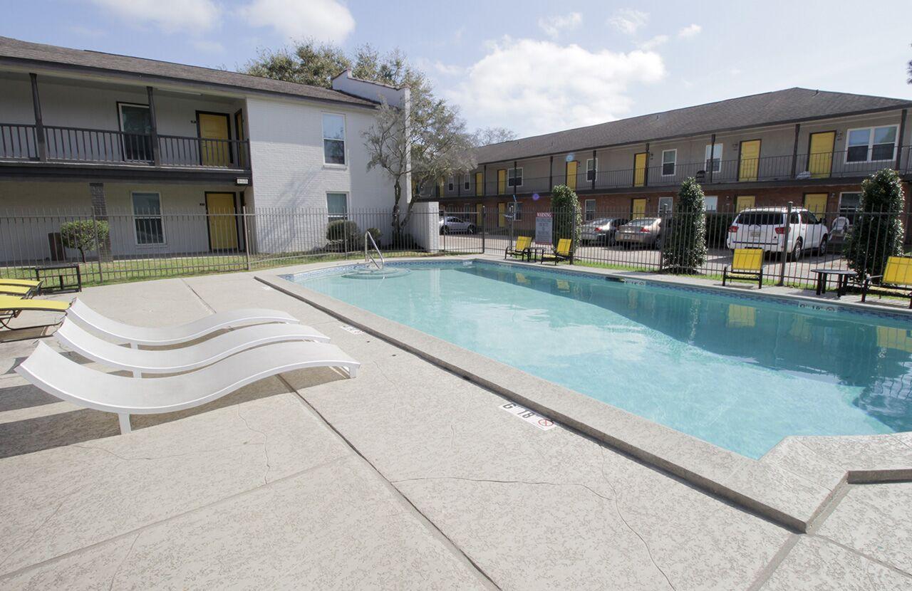 The Hub at Baton Rouge Apartment Homes image 40
