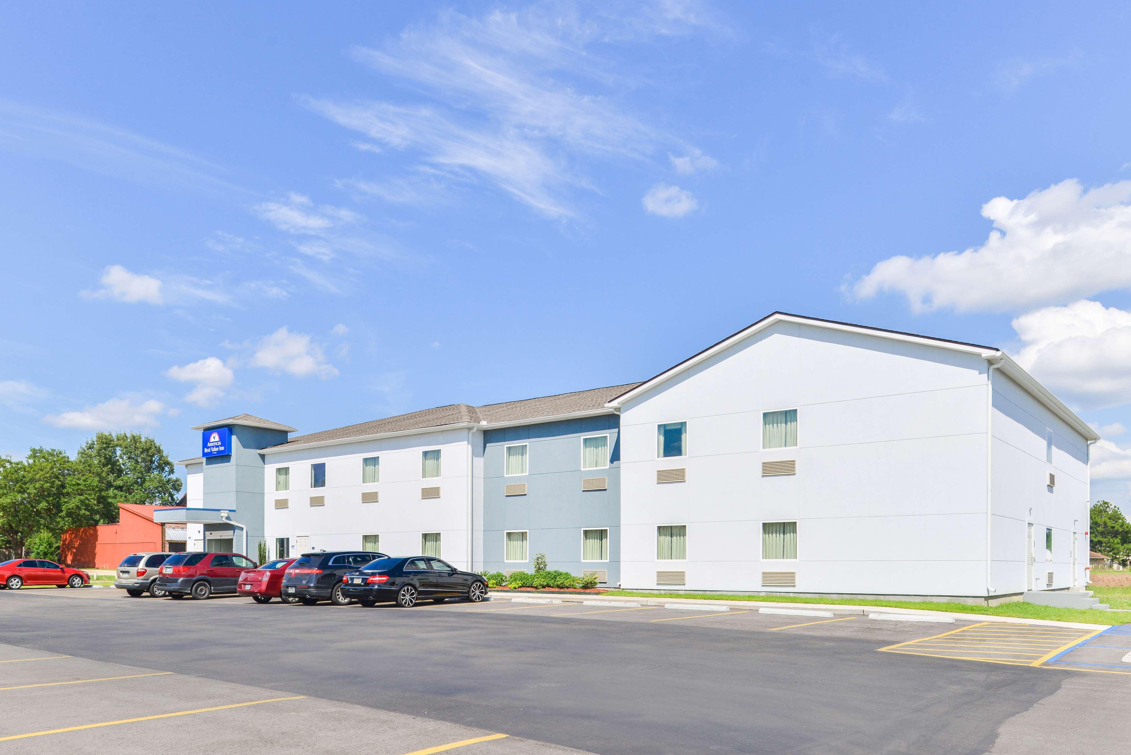 Americas Best Value Inn - Baton Rouge / College Drive image 1