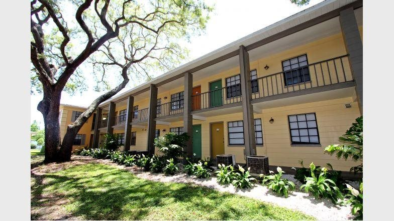 Fernwood Grove Apartments image 1