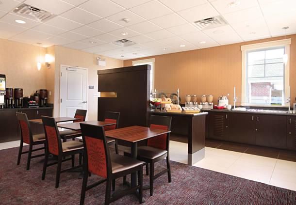 Residence Inn by Marriott Woodbridge Edison/Raritan Center image 6