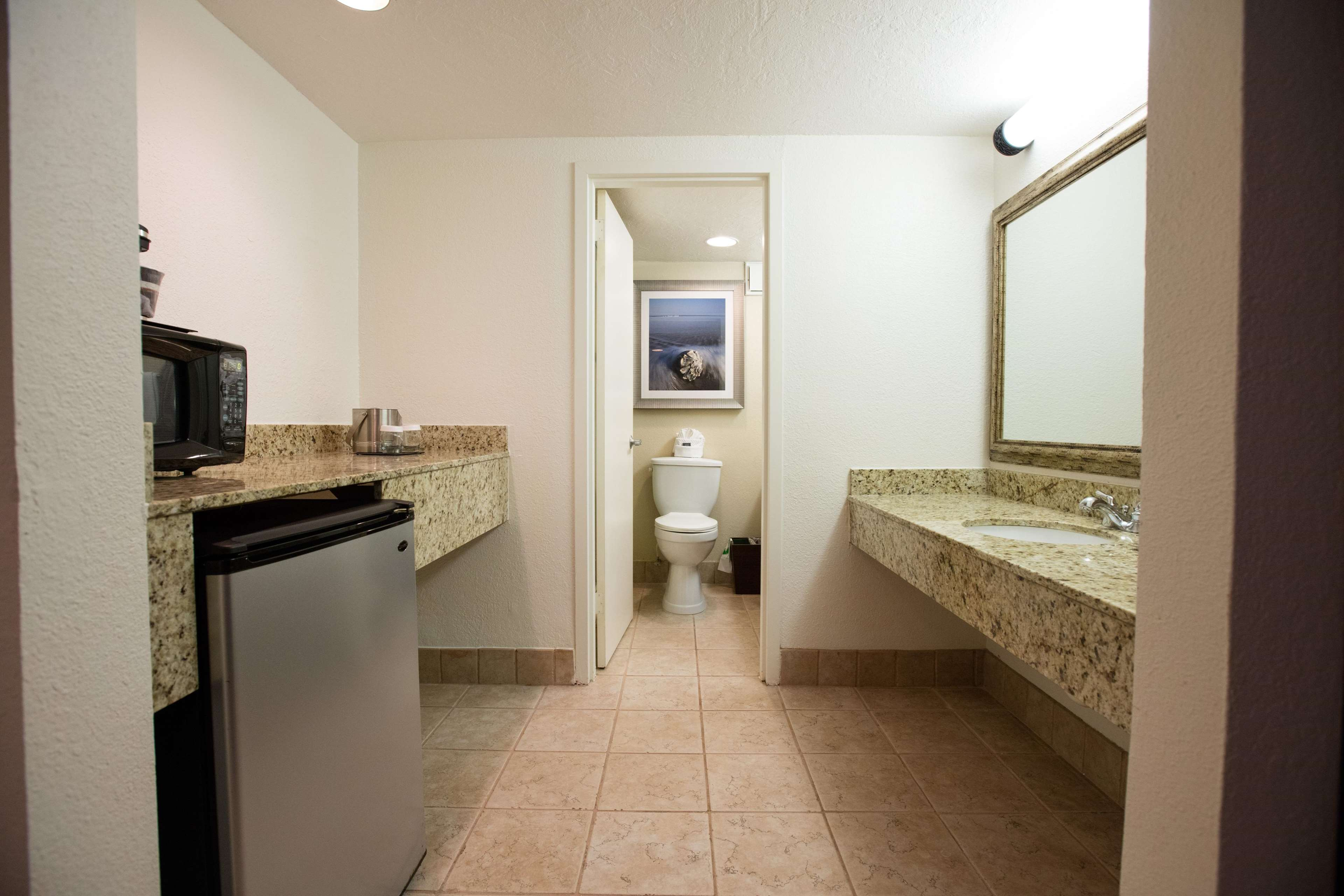 DoubleTree by Hilton Hotel Cocoa Beach Oceanfront image 36