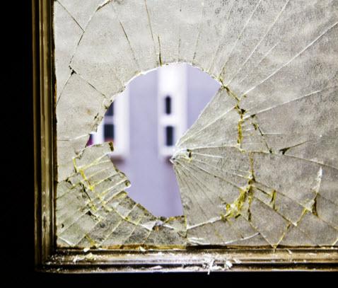 Save-On Glass & Screen image 2