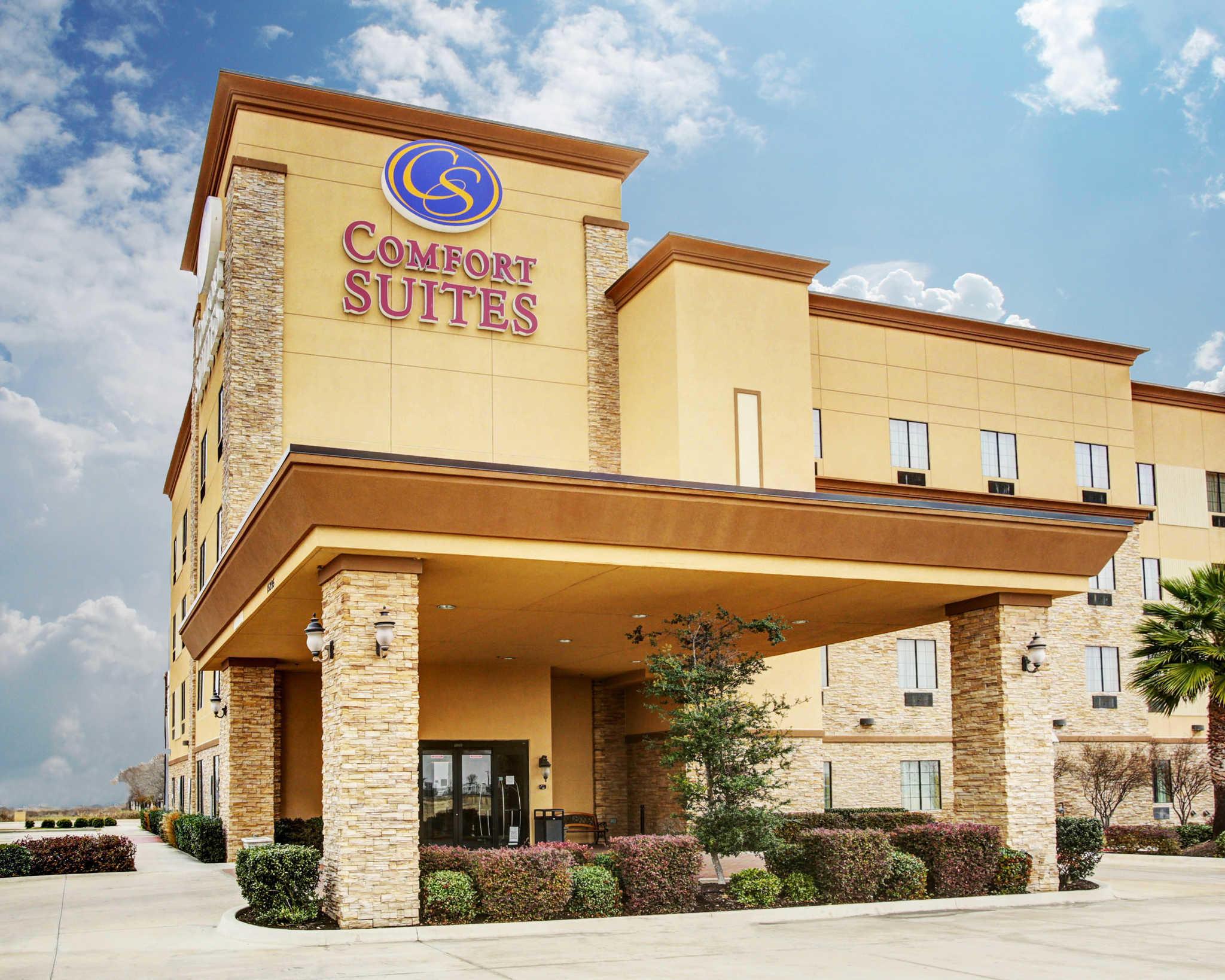 Comfort Suites Buda - Austin South image 0