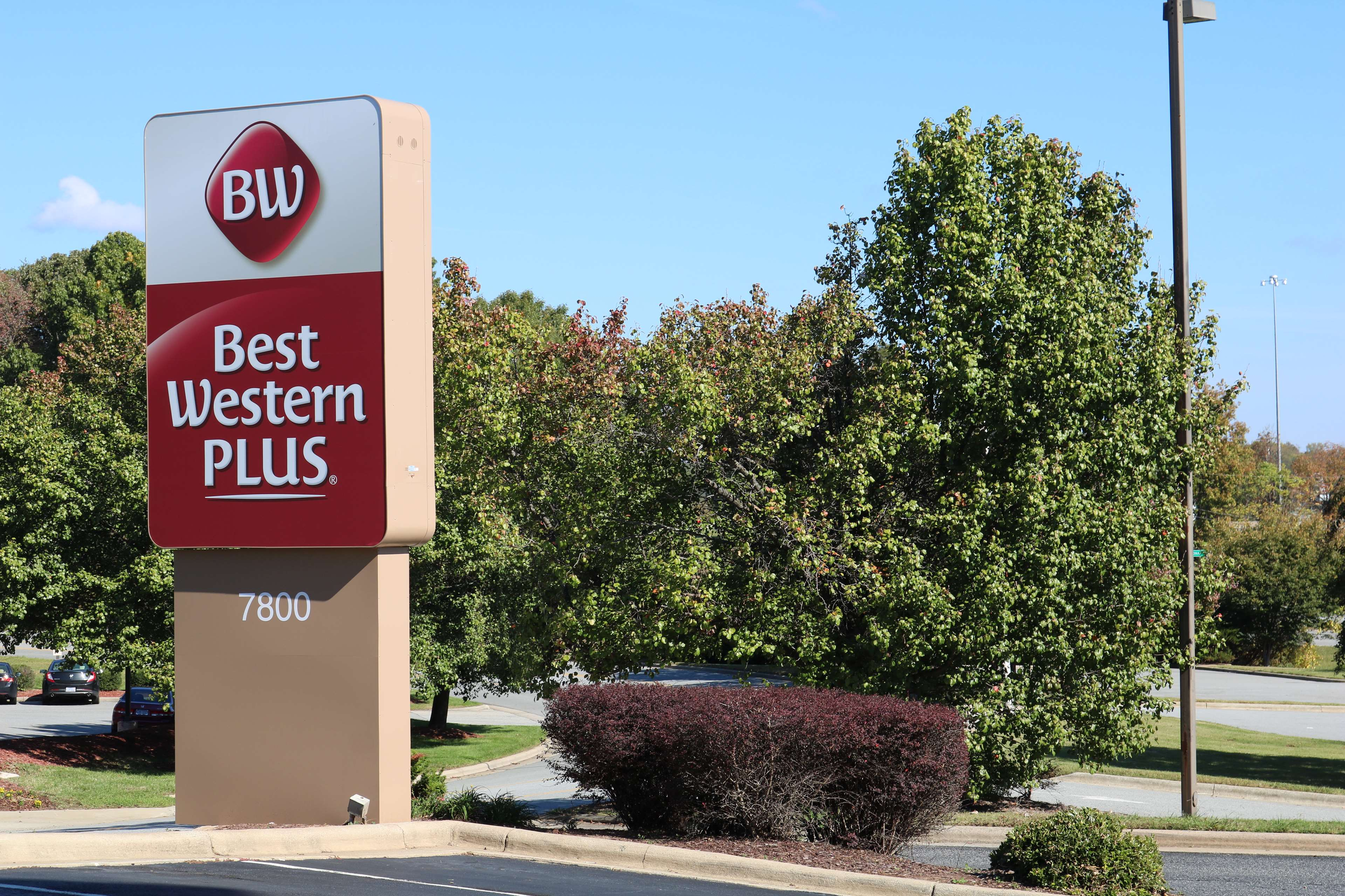 Best Western Plus Greensboro Airport Hotel image 34