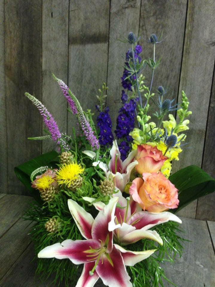 Picket Fence Floral & Design image 0