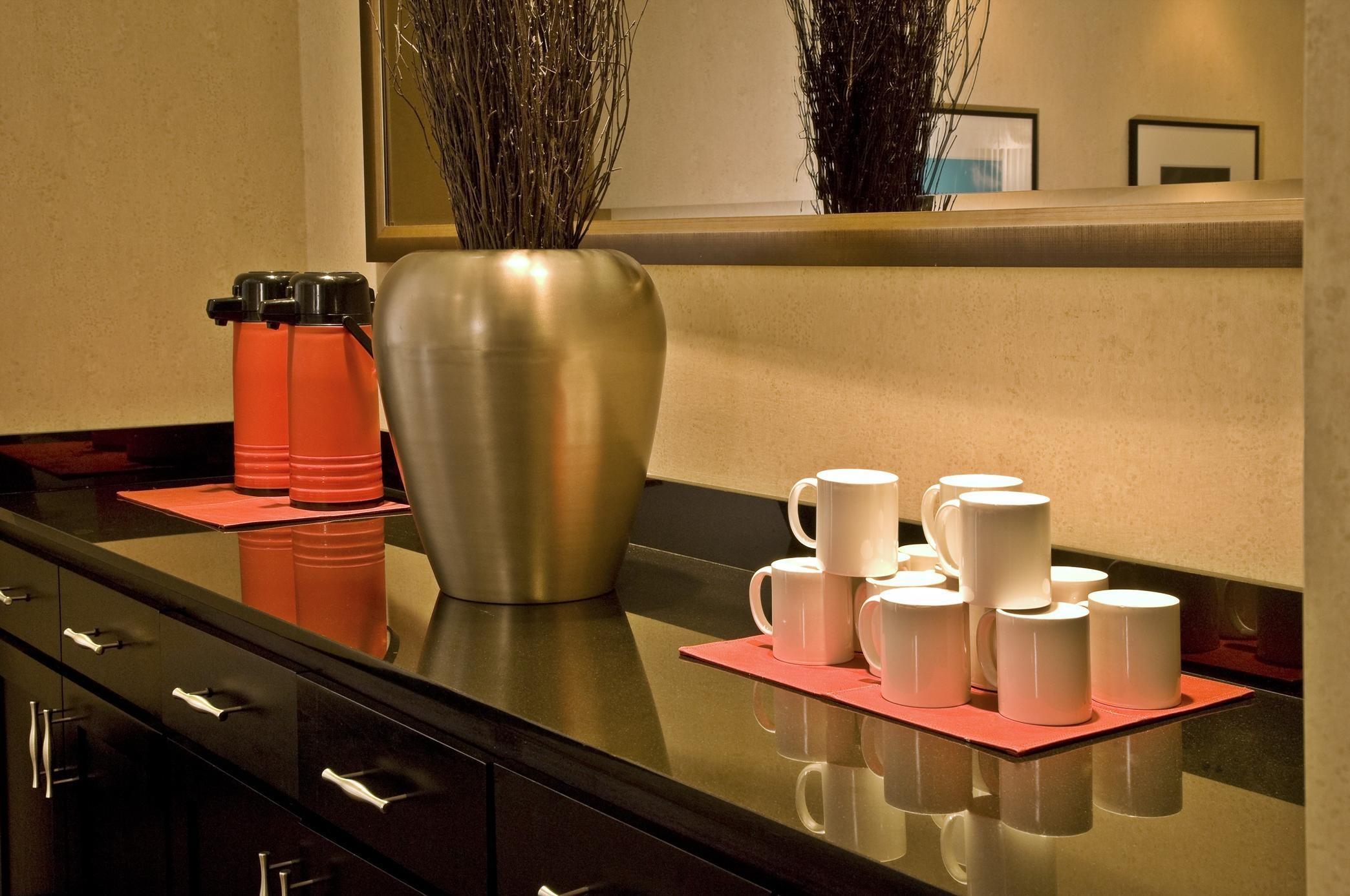 Homewood Suites by Hilton Plano-Richardson image 1