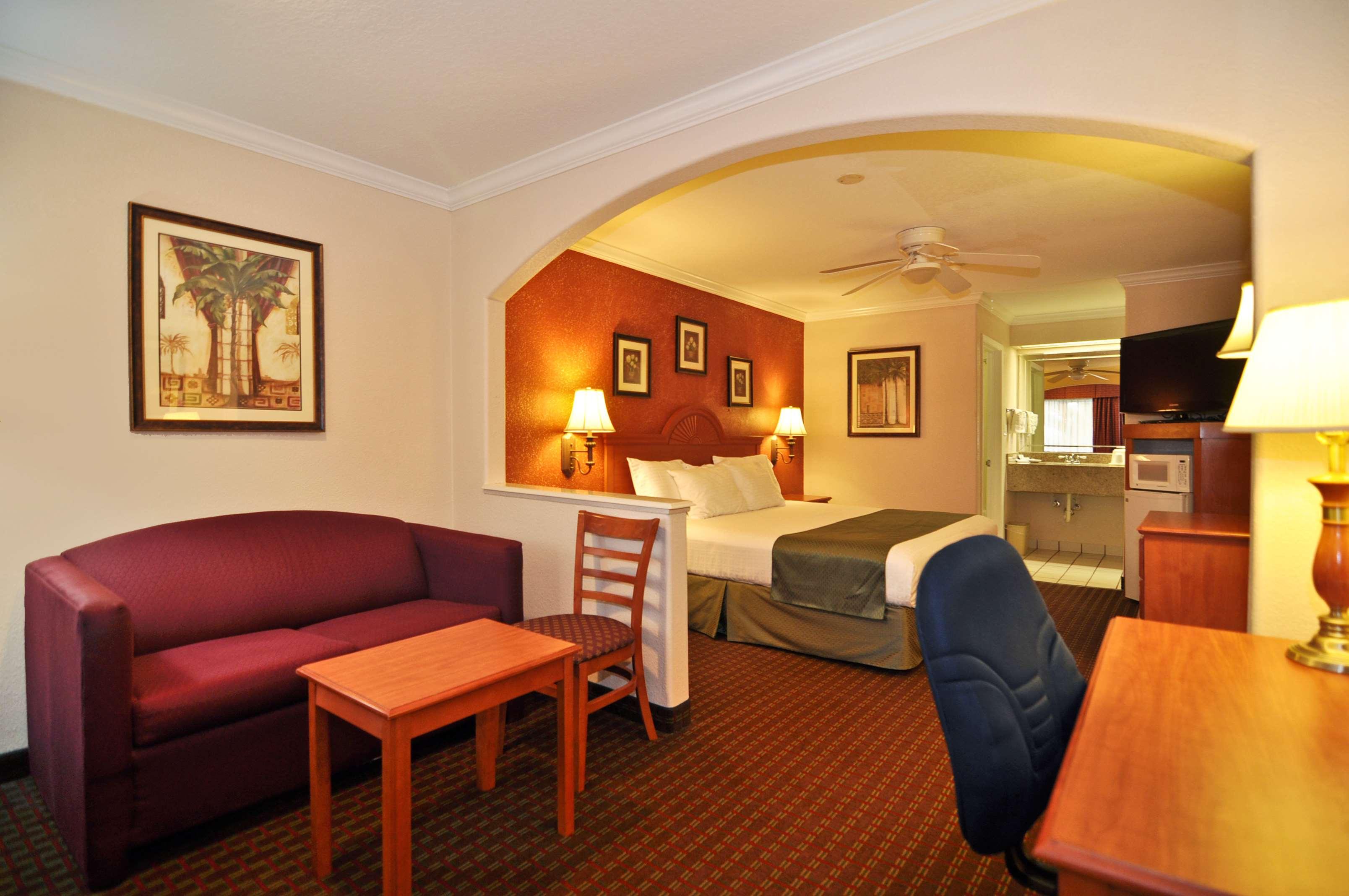 Best Western Pearland Inn image 5