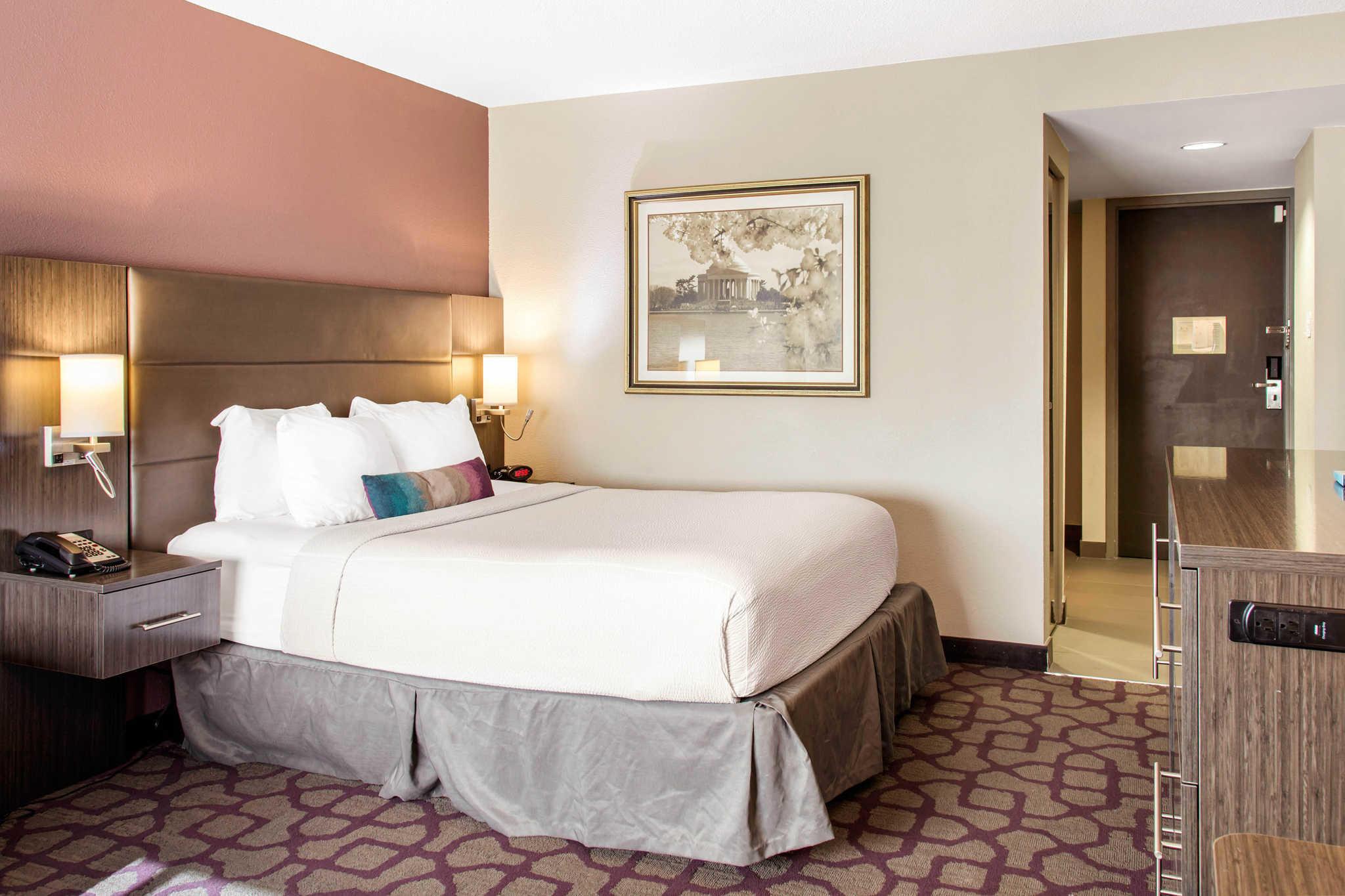 Comfort Inn image 27
