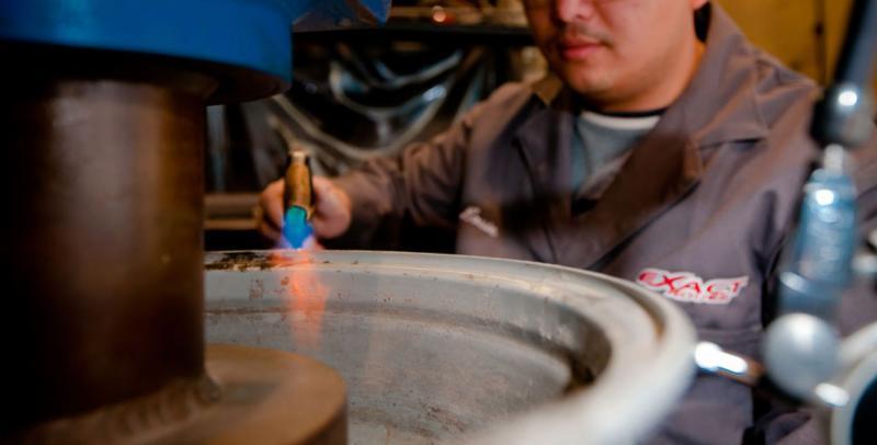 Exact Wheel Repair Inc - Mag & Tire Sales à Dorval