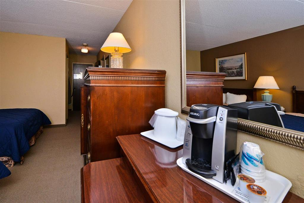 Americas Best Value Inn Albert Lea image 14