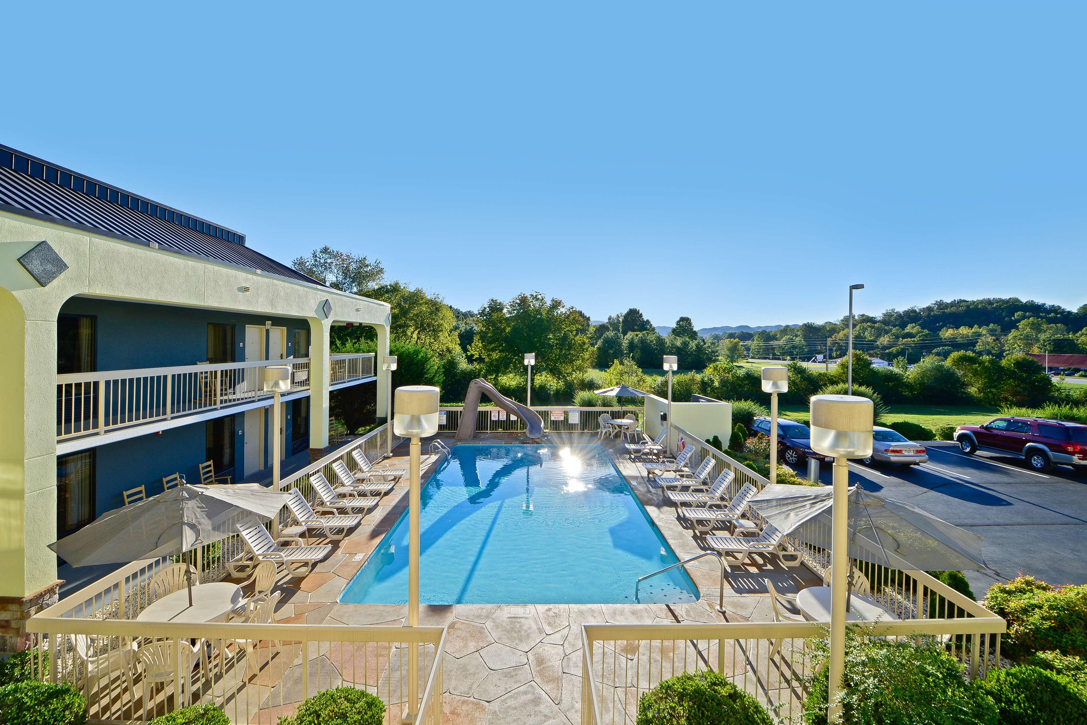Best Western Cades Cove Inn image 16