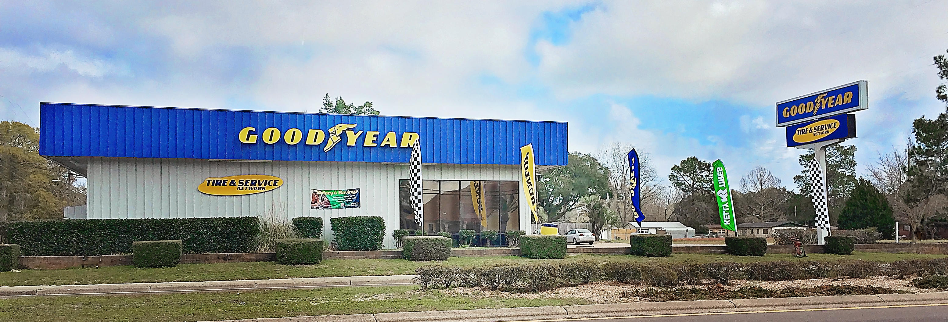 Alford tire center at 180 north tyndall parkway panama for Parkway motors in panama city florida