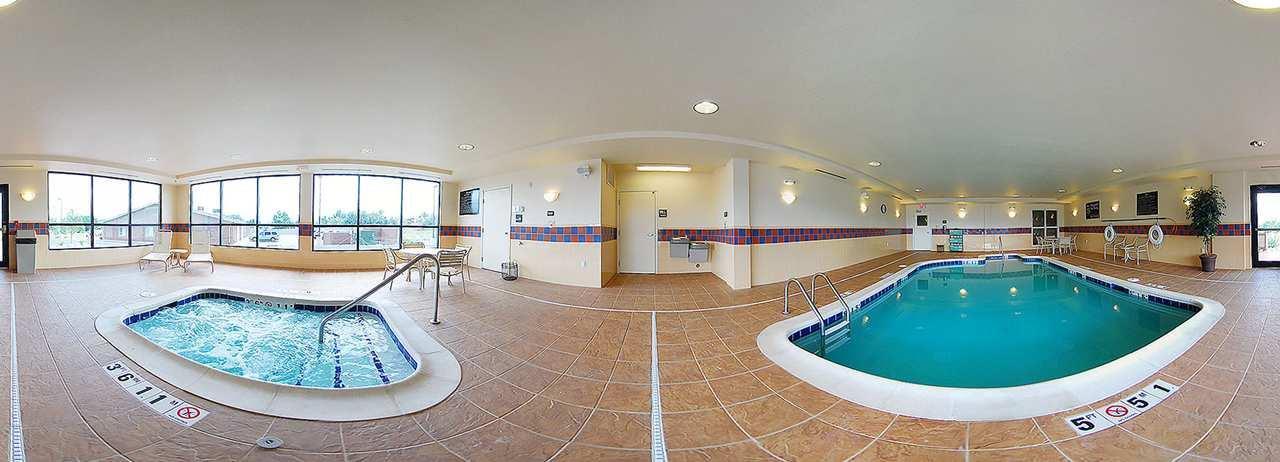 Hampton Inn & Suites Casper image 1