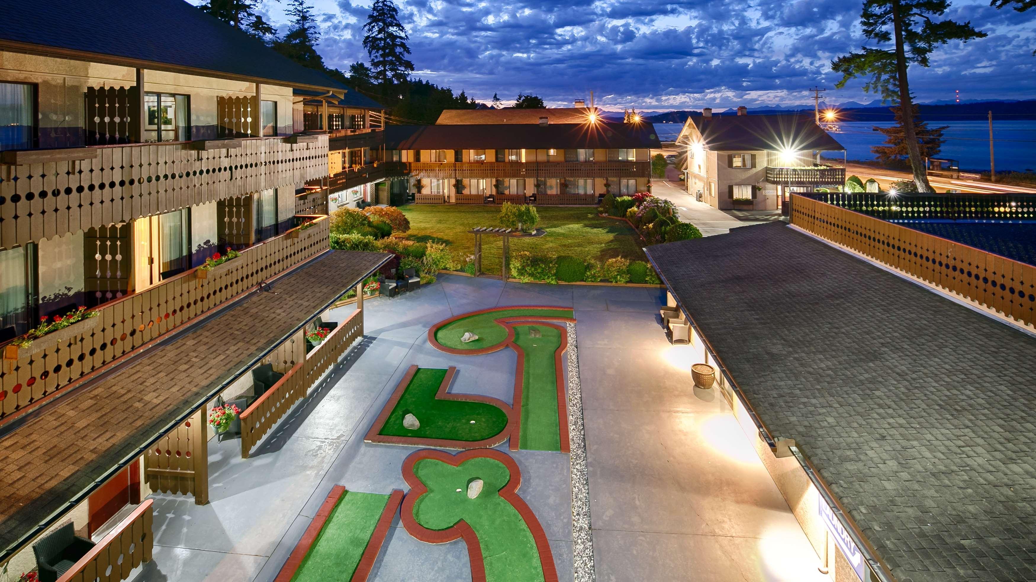 Best Western Austrian Chalet Campbell River Hotel