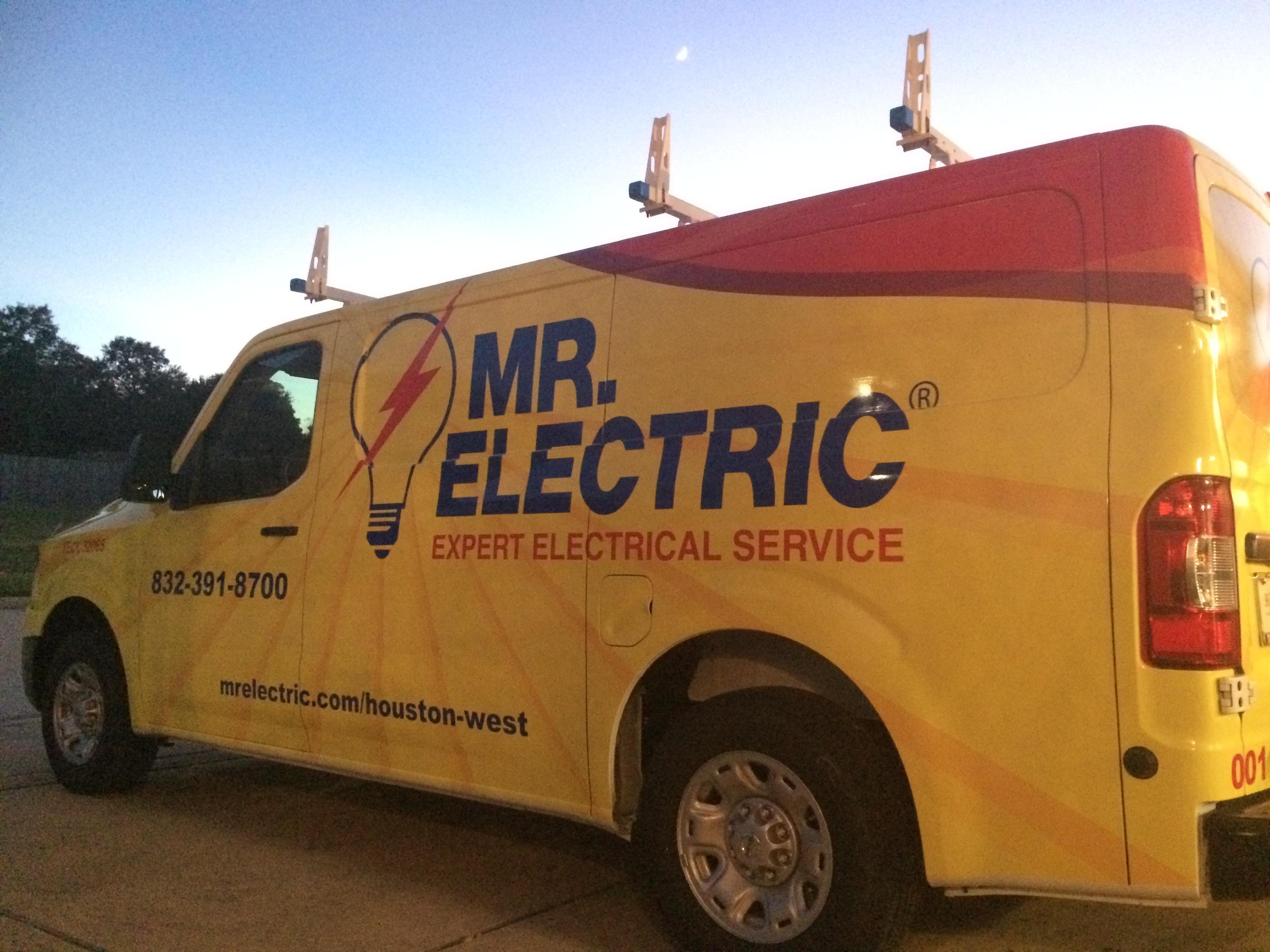 Mr. Electric image 35