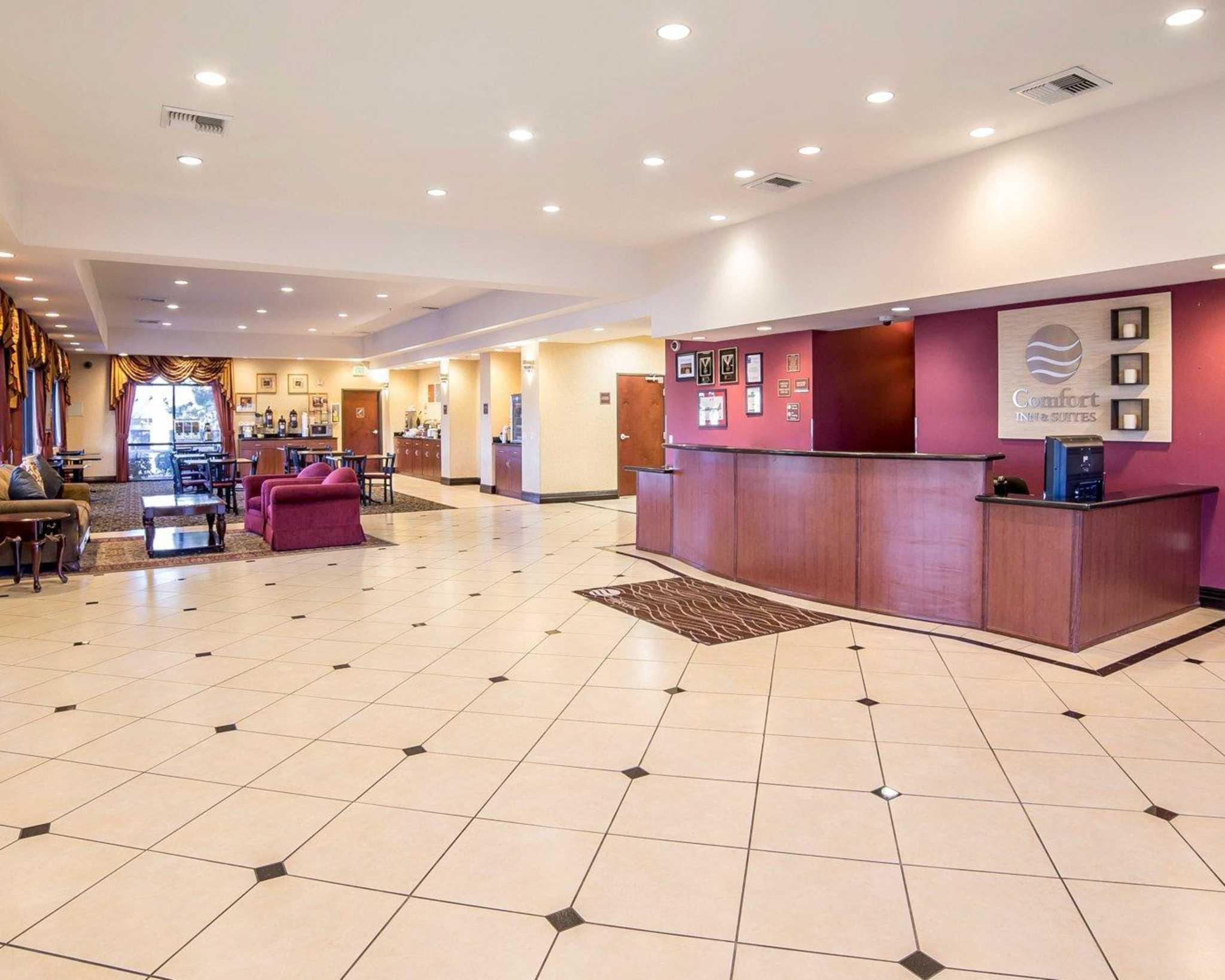 Comfort Inn & Suites Las Vegas - Nellis image 5