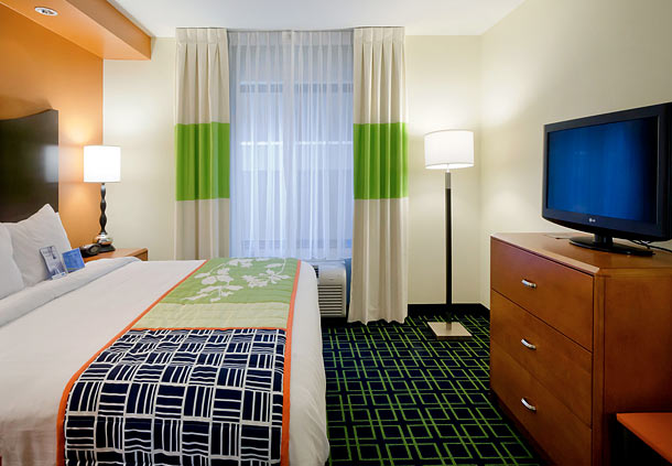 Fairfield Inn & Suites by Marriott Charlotte Matthews image 3
