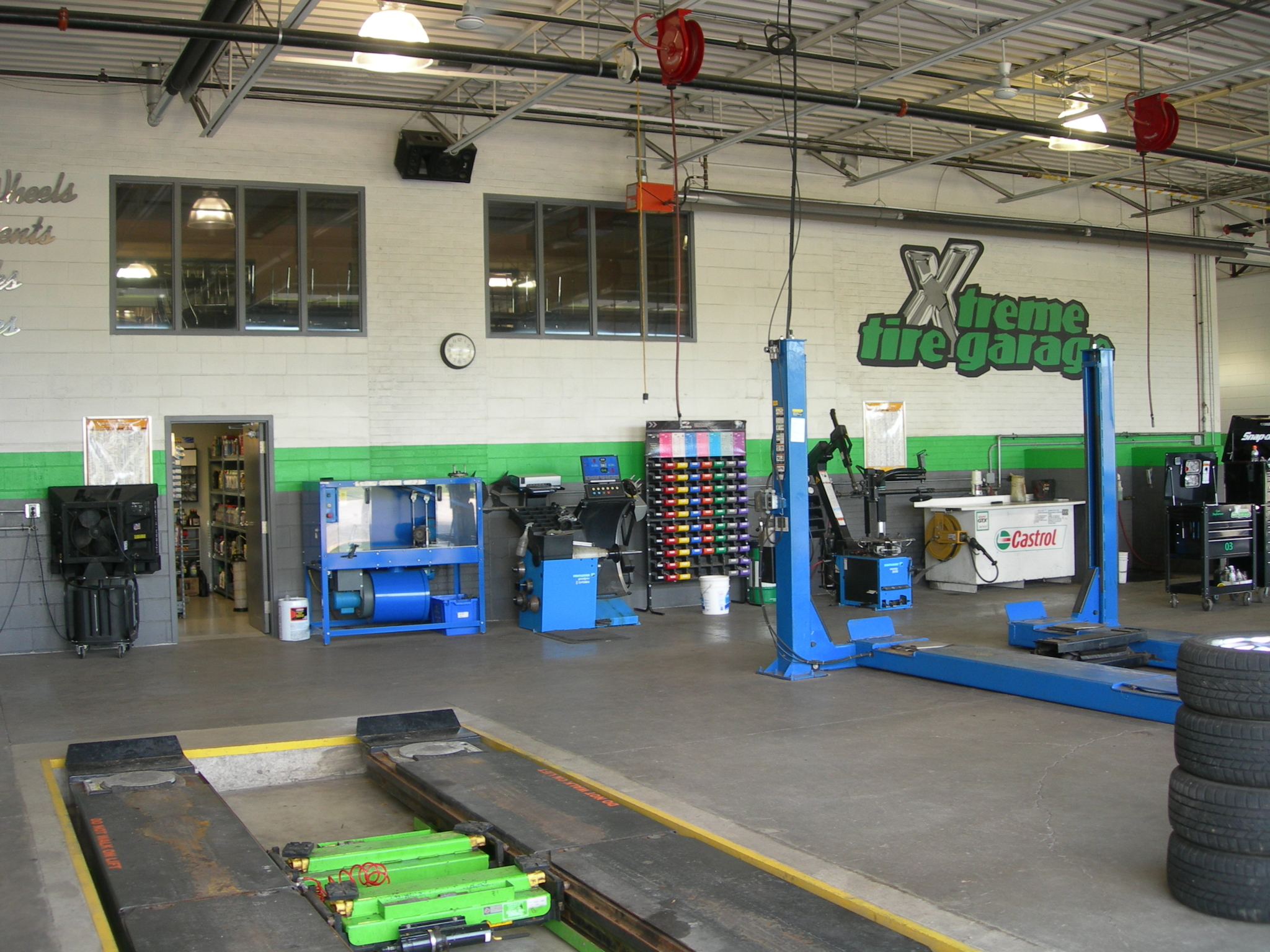 Xtreme Tire Garage Inc in Mississauga