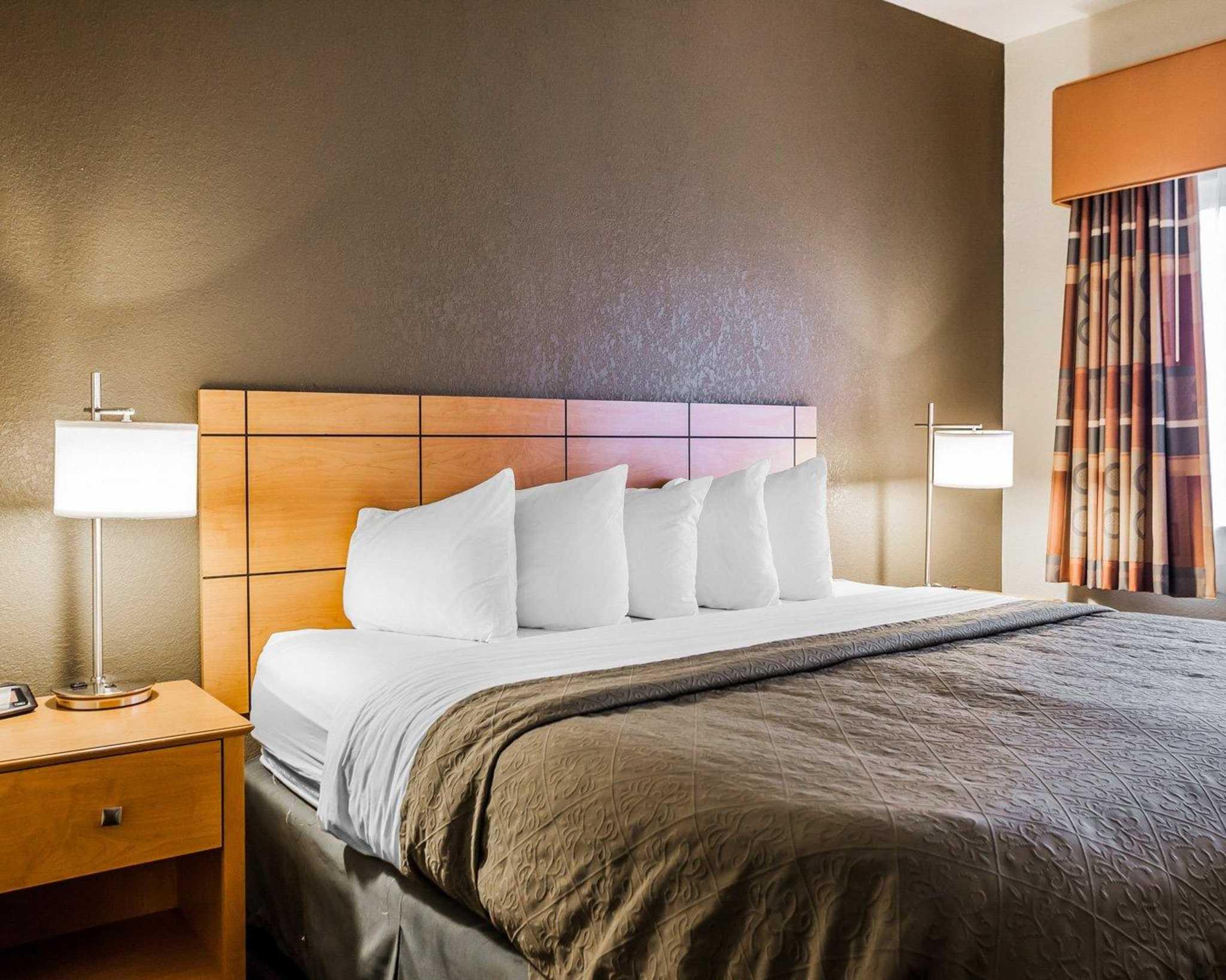 Quality Inn & Suites Des Moines Airport image 22