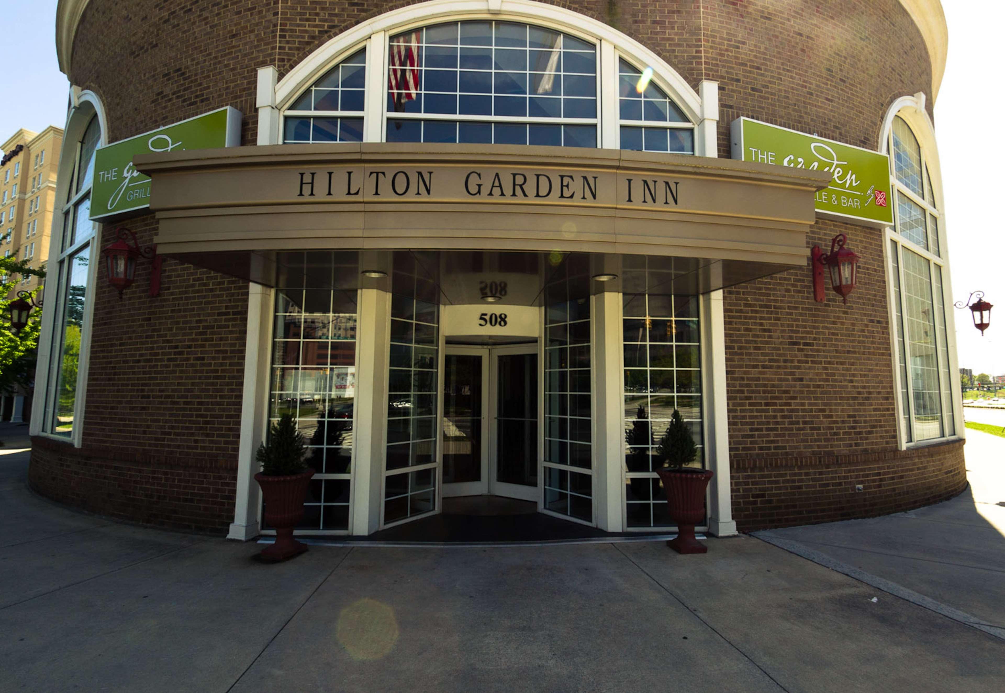 Hilton Garden Inn Charlotte Uptown image 2